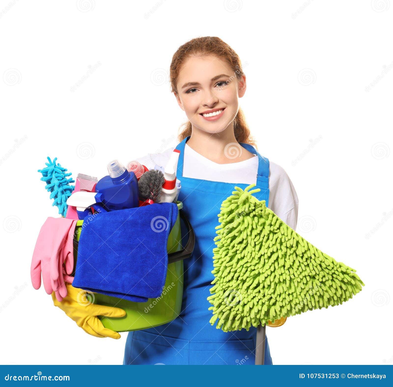 Молодой профессионал при изолированные поставки и mop чистки,