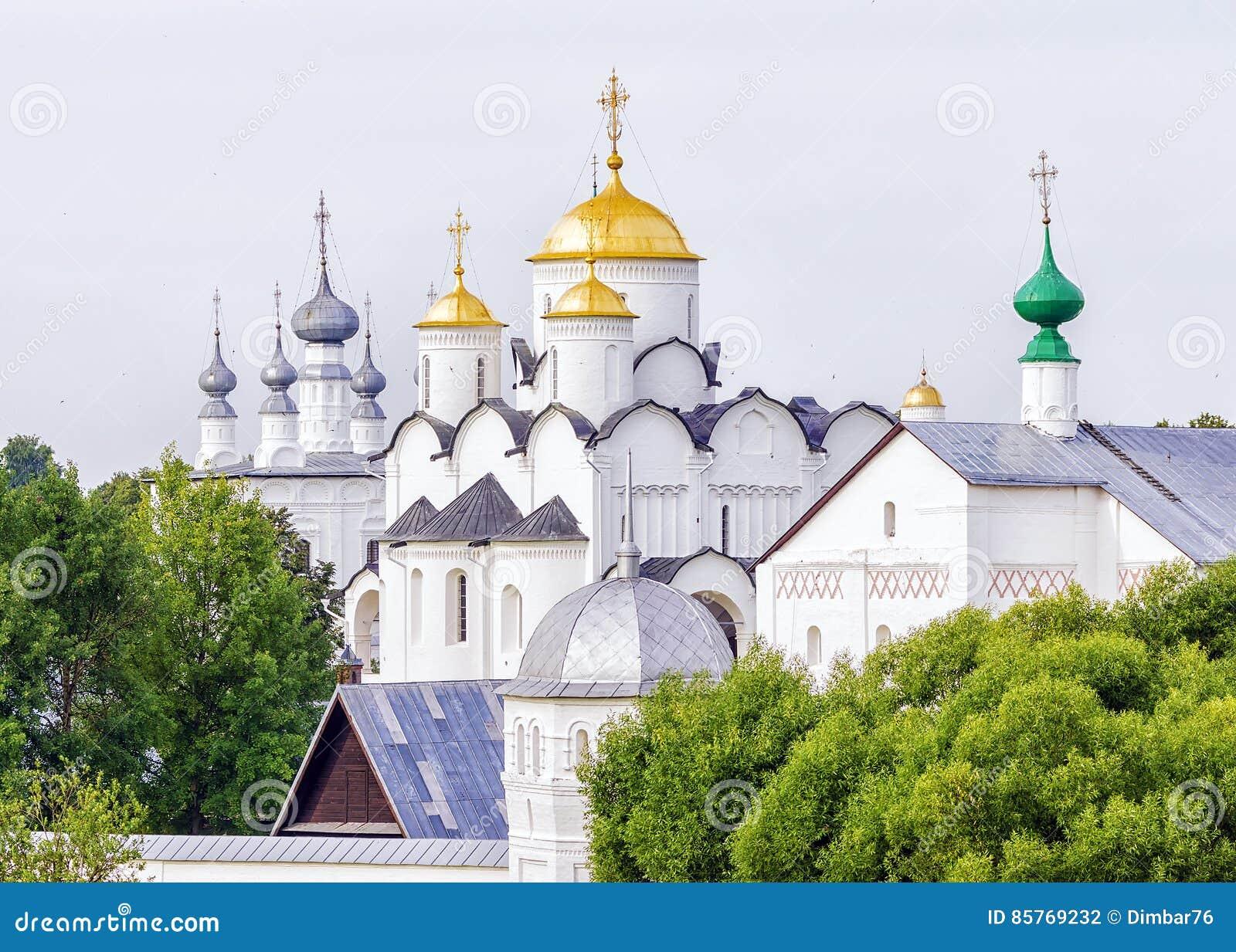 Монастырь заступничества в Suzdal Россия