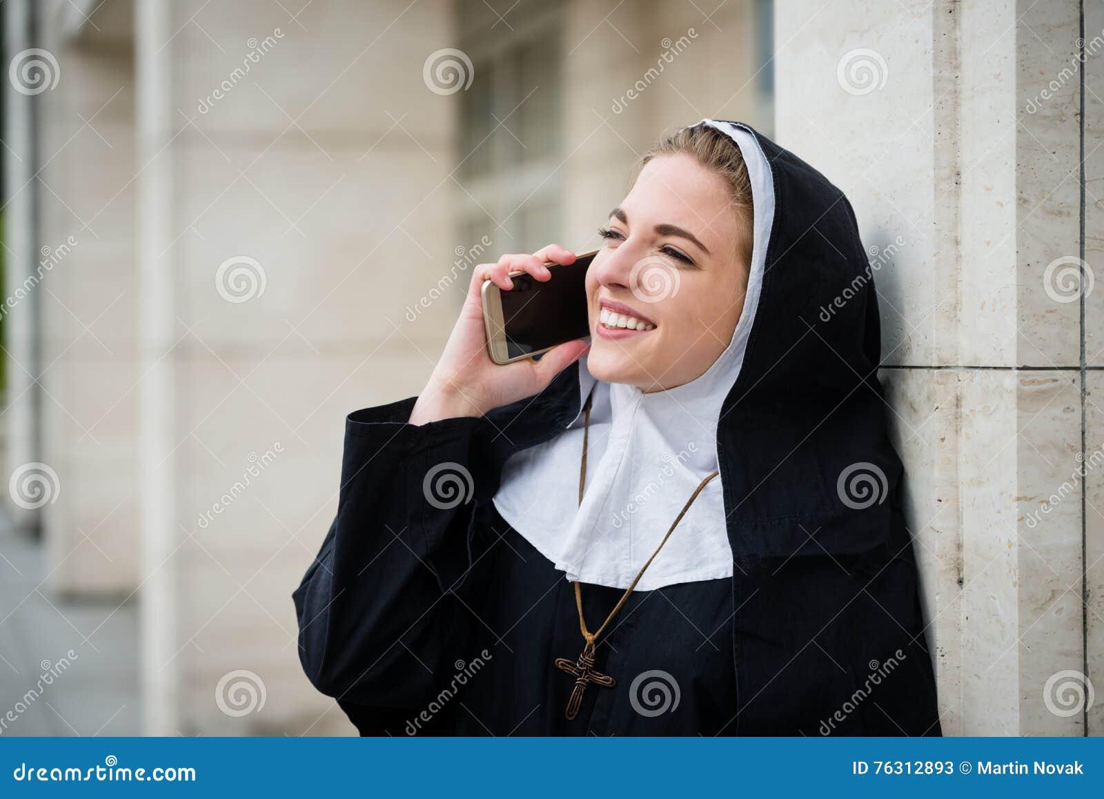 Монашки видео на телефон фото 199-33