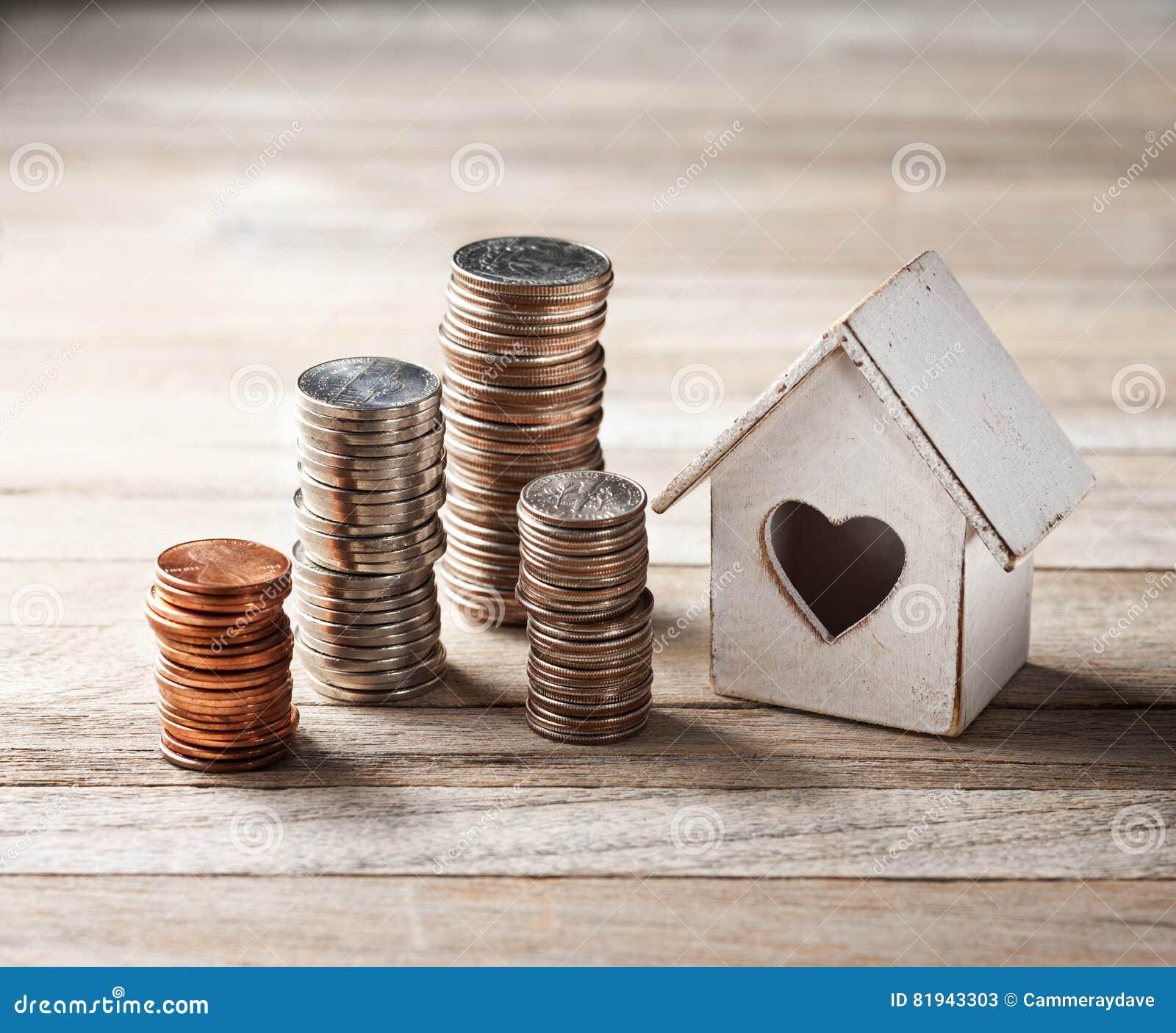 Монетка дома домашняя штабелирует дело