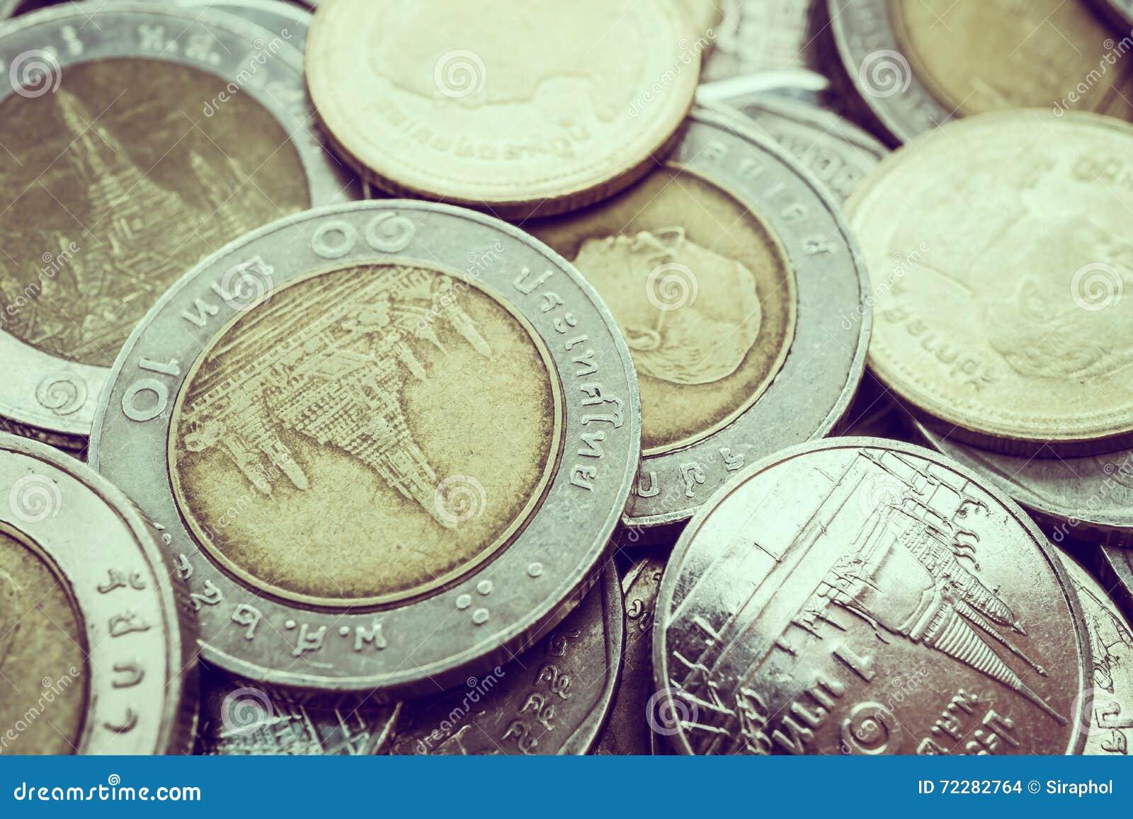 Download монетка стоковое фото. изображение насчитывающей backhoe - 72282764