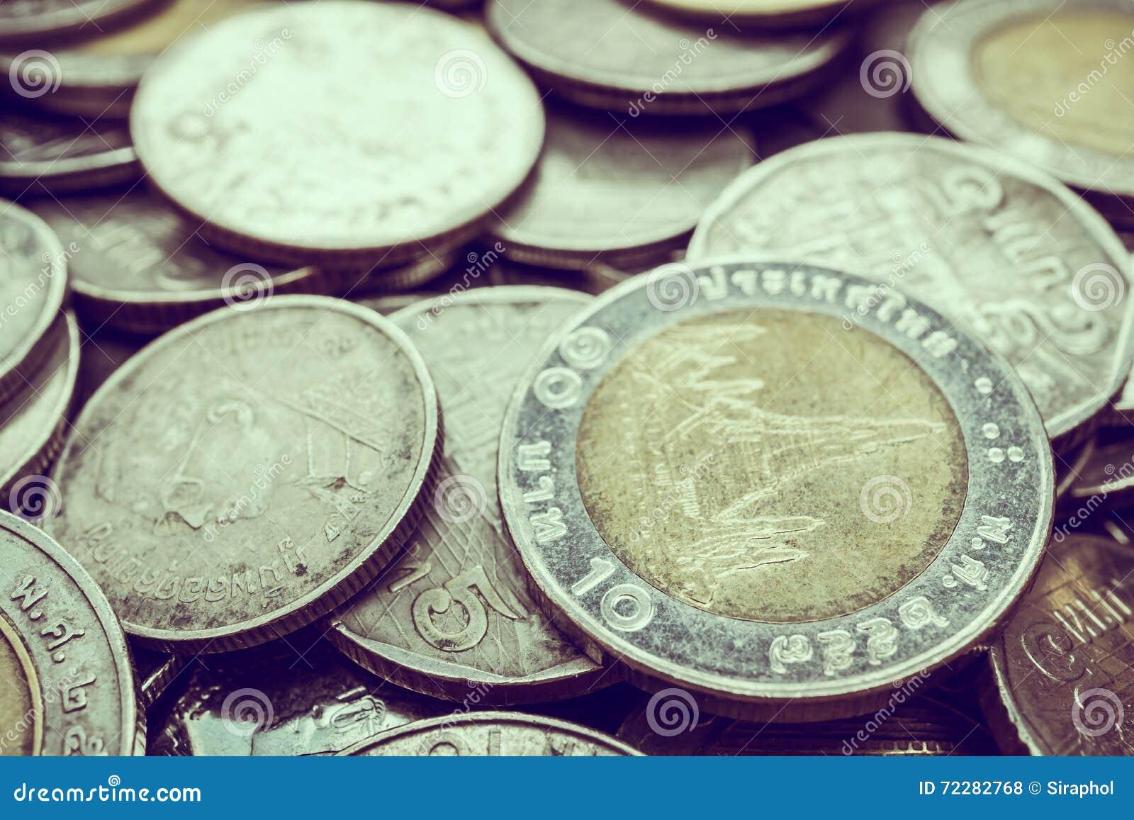 Download монетка стоковое фото. изображение насчитывающей изменение - 72282768