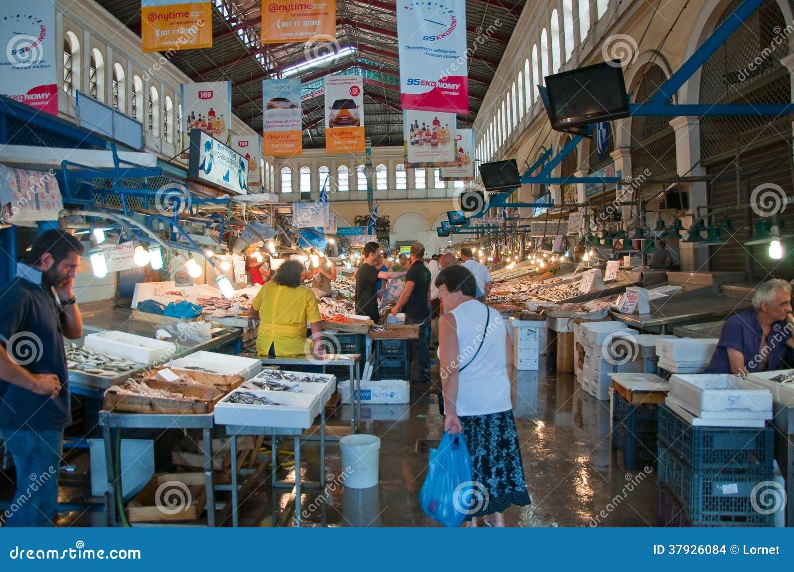 Морепродукты на рынке Афин 1-ого августа, Греция.