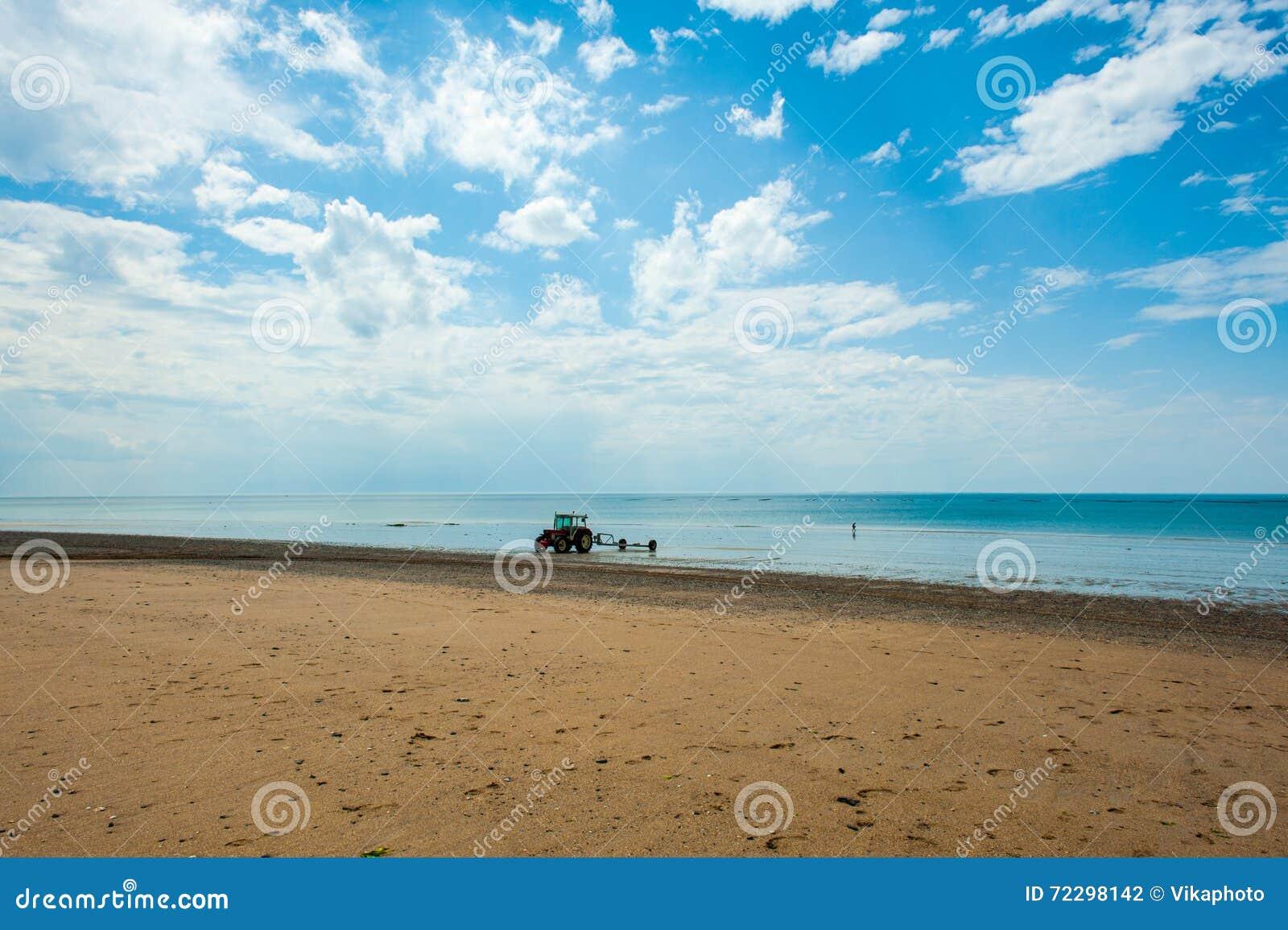 Download Море небо стоковое фото. изображение насчитывающей bluets - 72298142