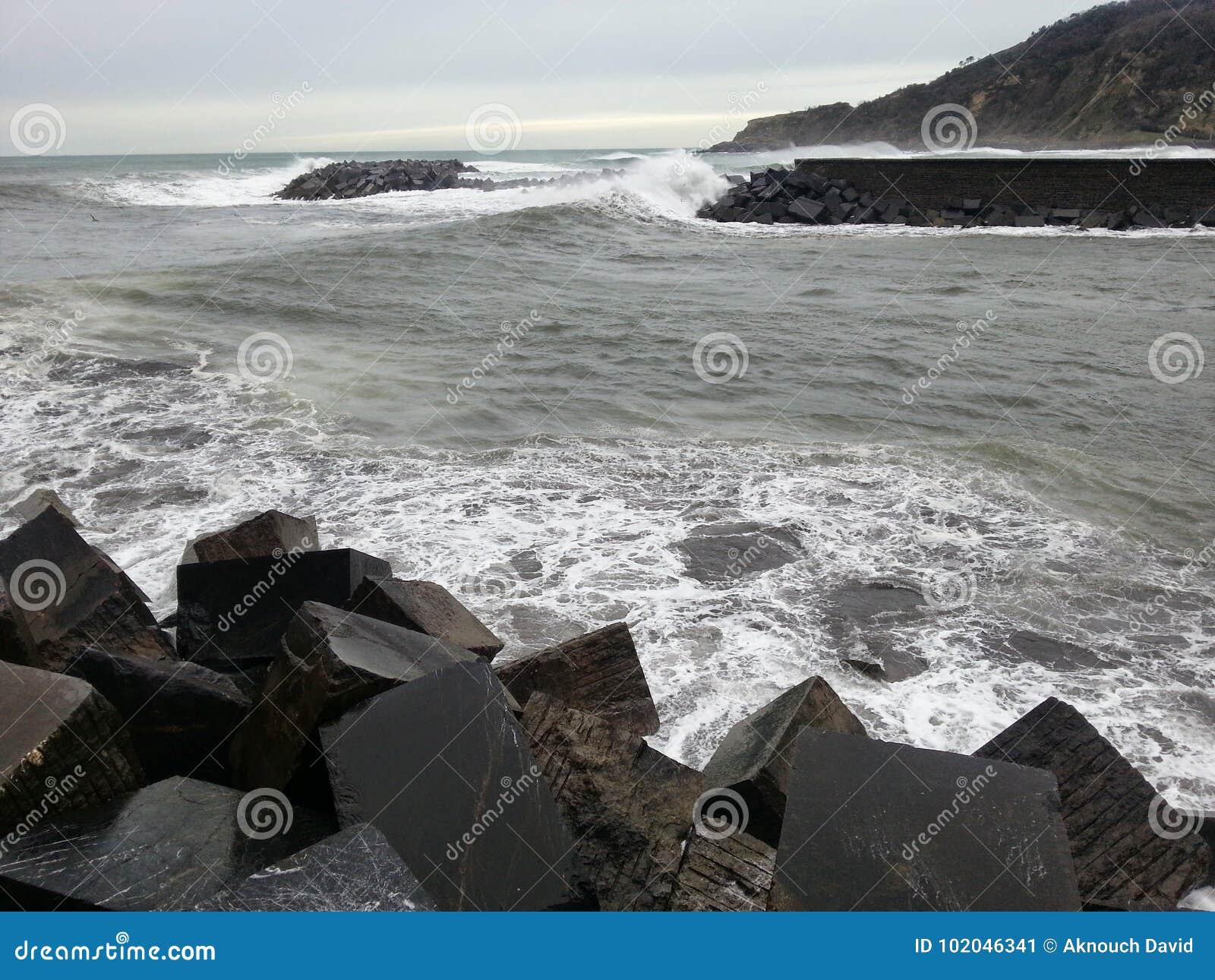 Море перед штормом