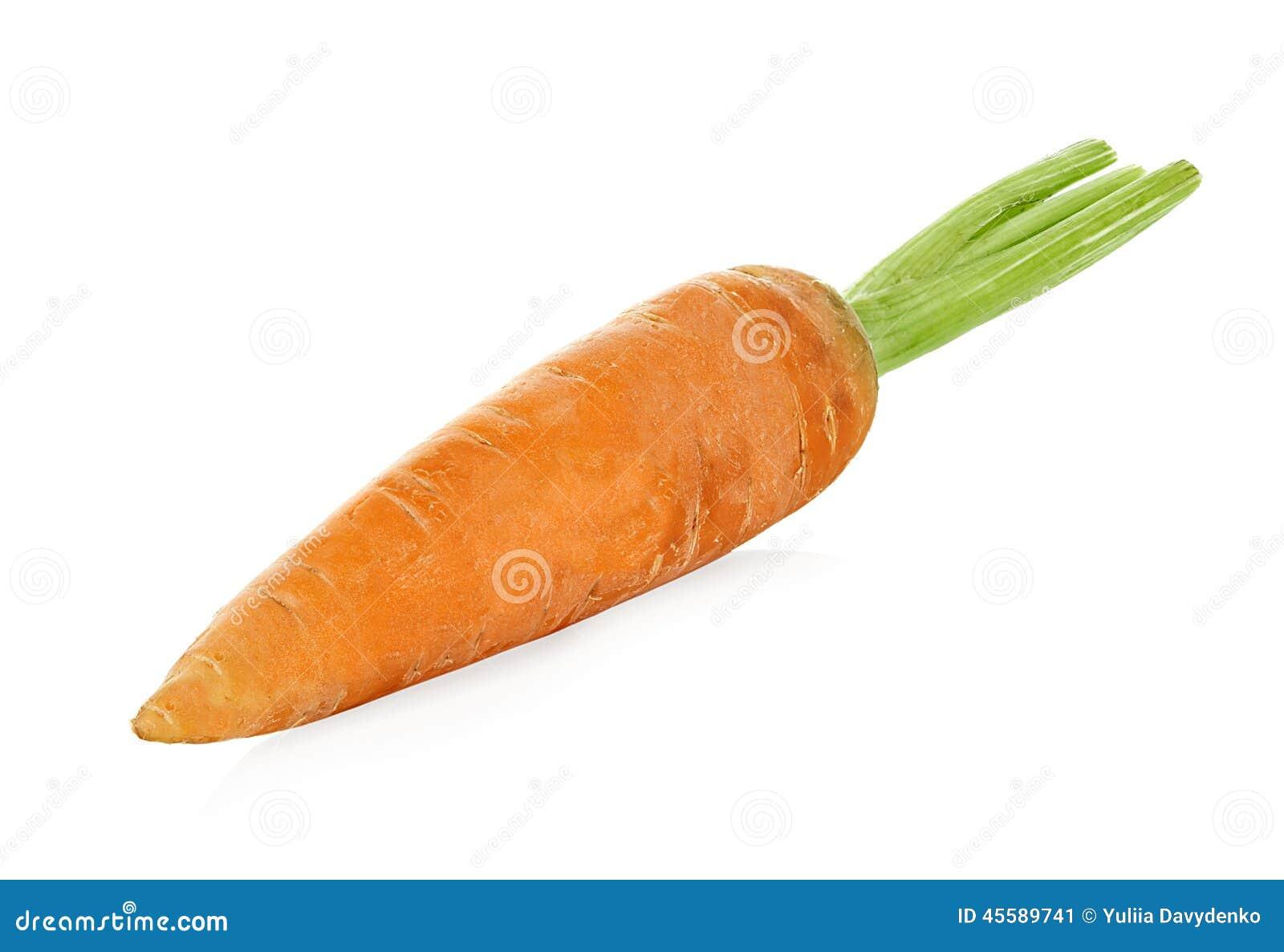 Морковь изолированная на белизне