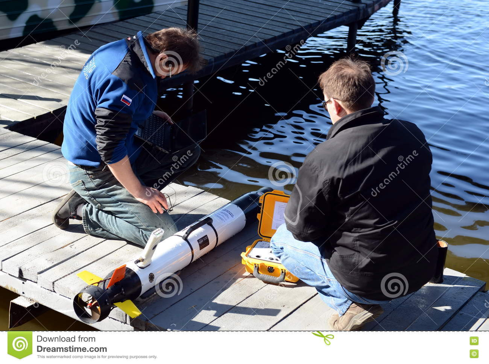 Морские ученые запускают автономные подводные беспилотные корабли