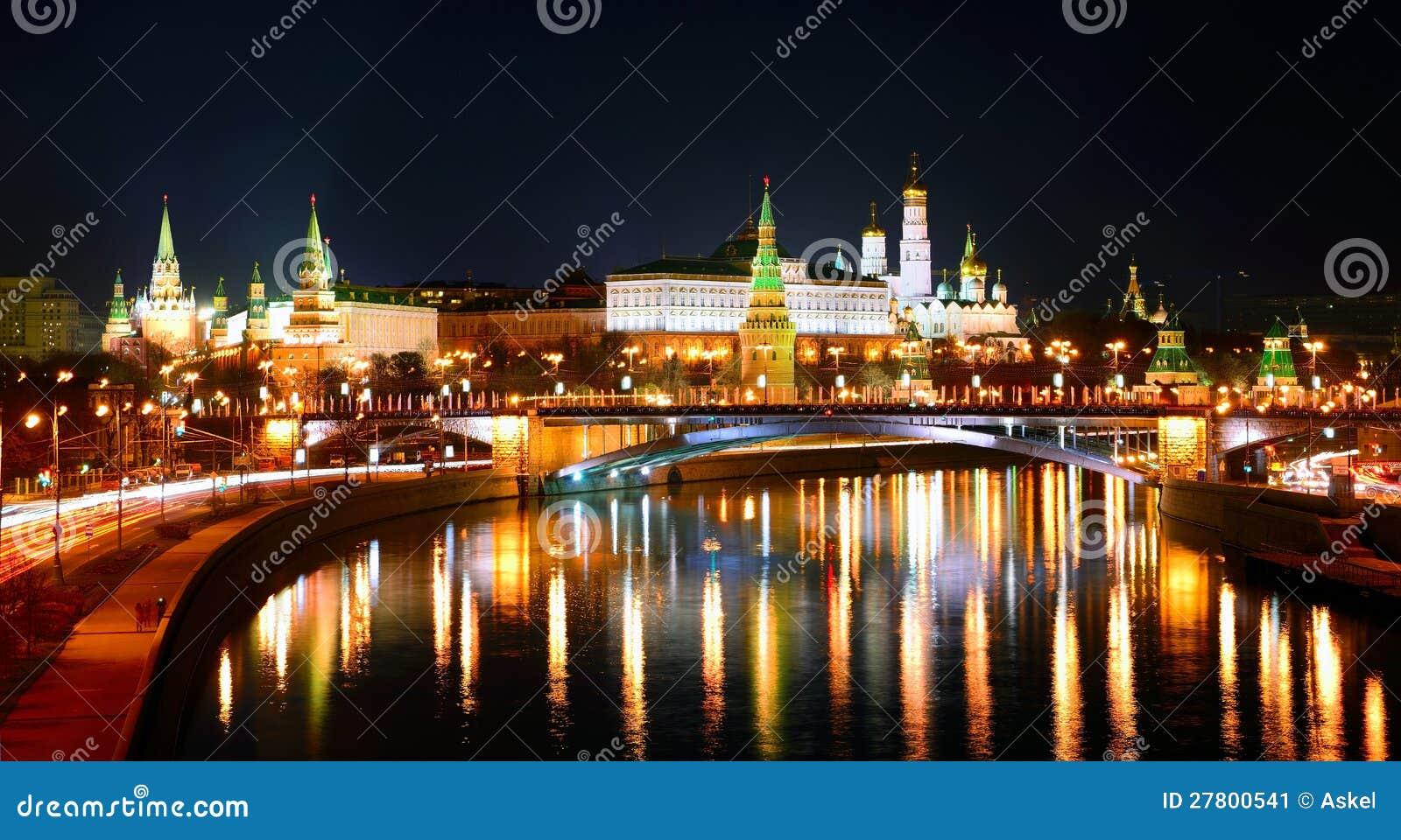 Москва Кремль на ноче