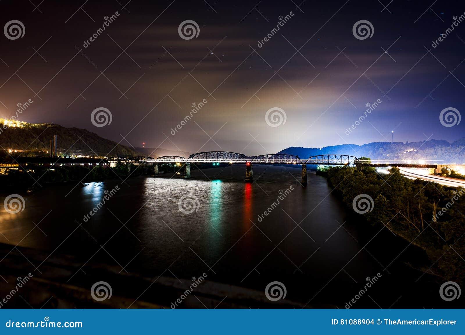 Мост железной дороги Балтимора & Огайо - Река Огайо