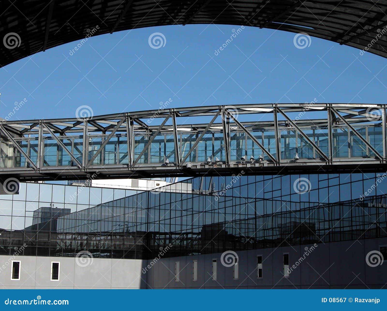 мост пространственн