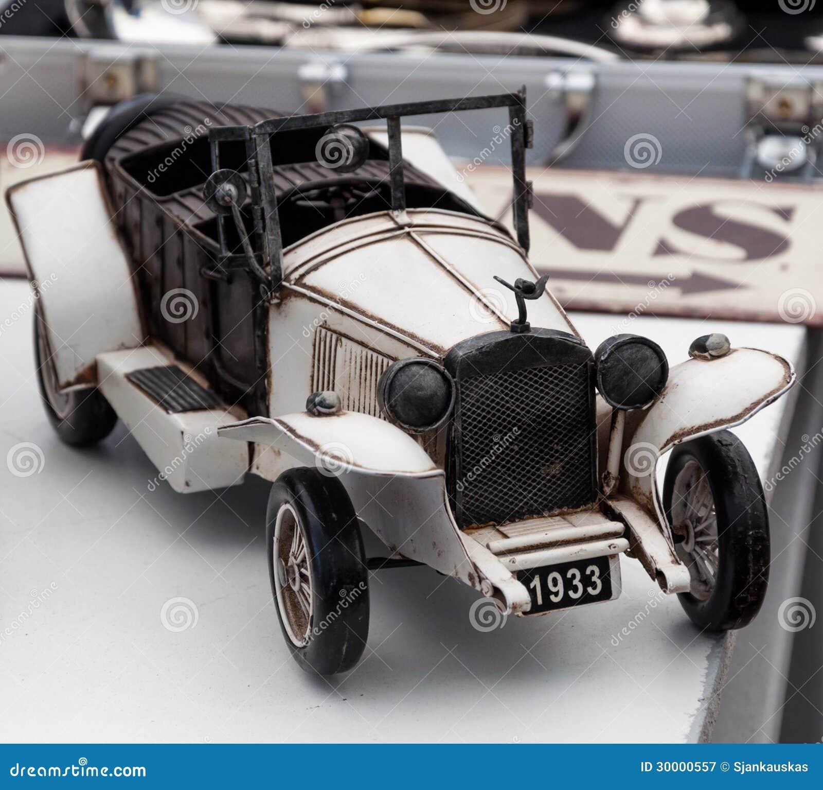 Модель автомобиля год сбора винограда