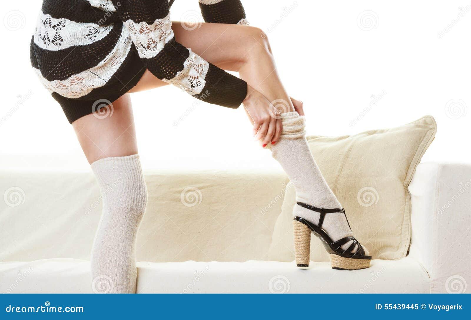 narges-malayalam-pictures-girls-black-woolen-stockings-girl