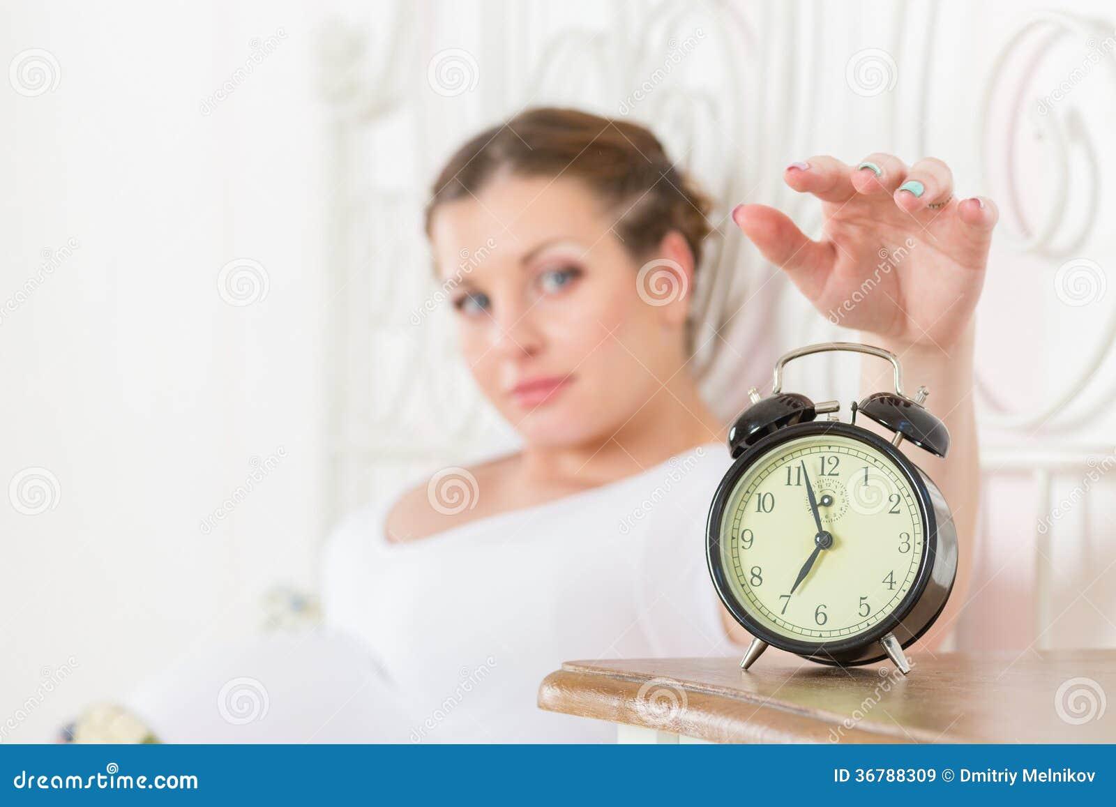 Беременная в в спальне фото 163-358
