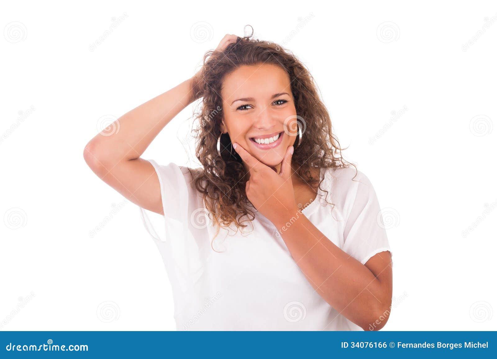 Молодая женщина изолированная с белой предпосылкой