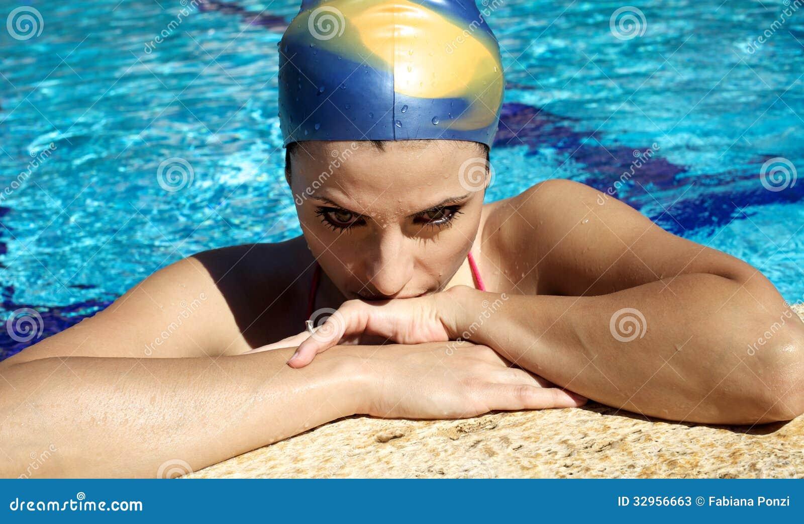 Фото девушек плавчих