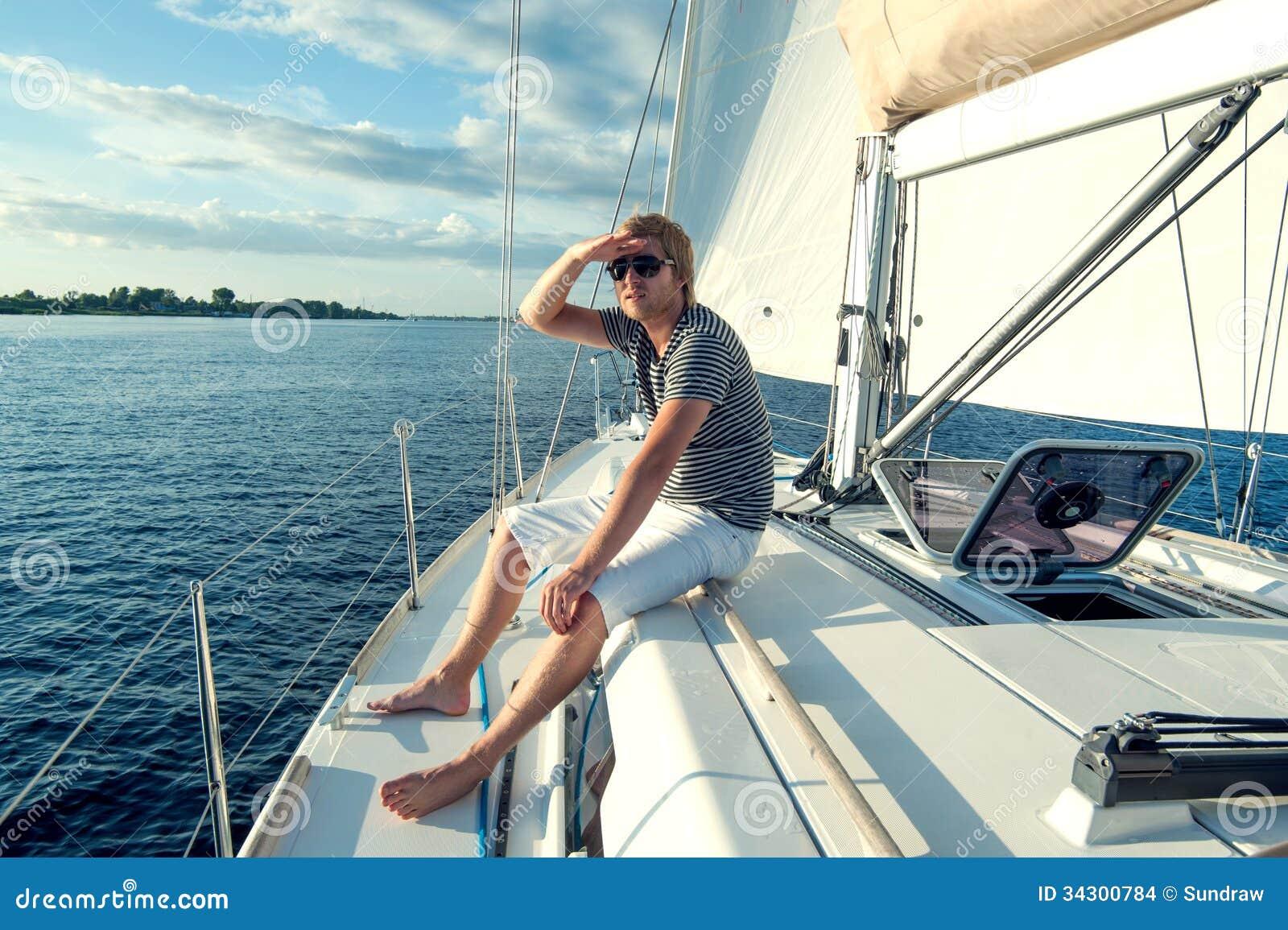 Онлайн видео снятое на яхте видео голые звезды