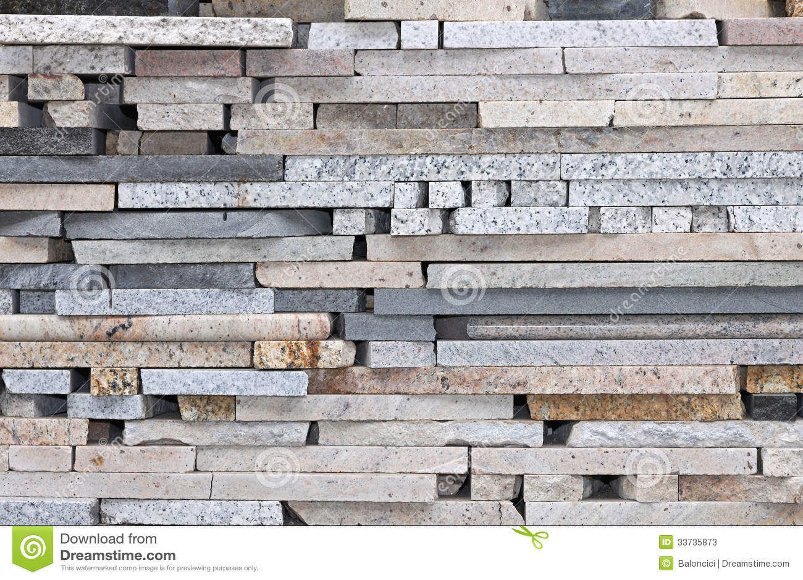Мраморные камни