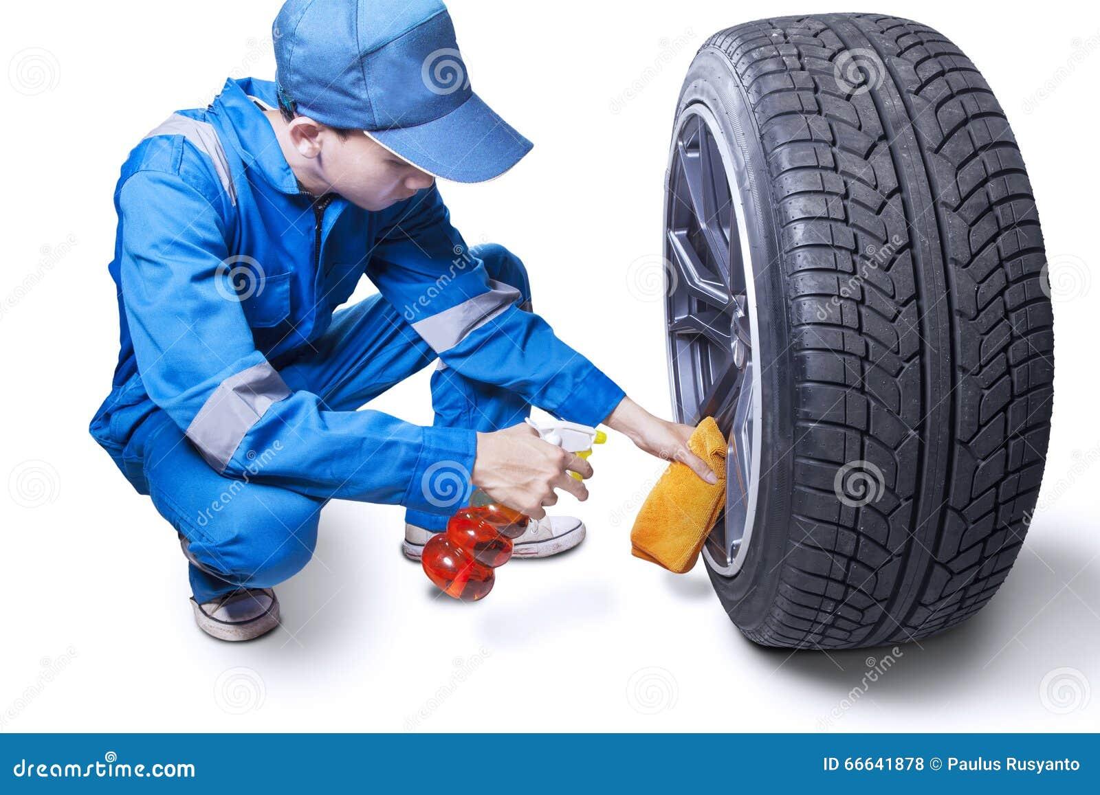 Мужская ясность механика вверх по колесу