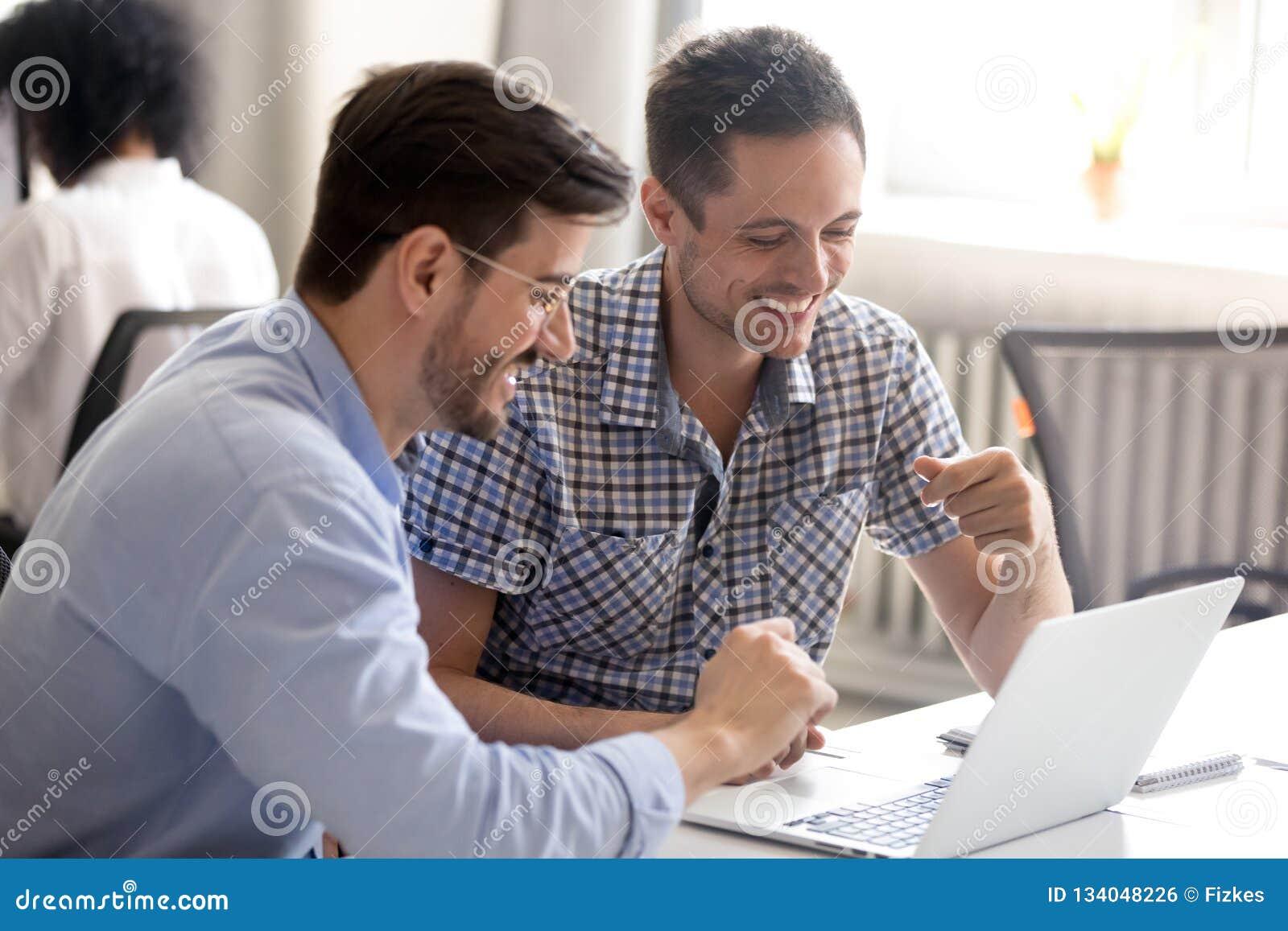 Коллега по работе кто онлайн индикаторы форекс стратегия скальпинга