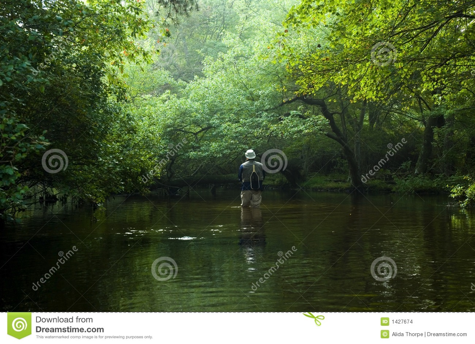 муха рыболова