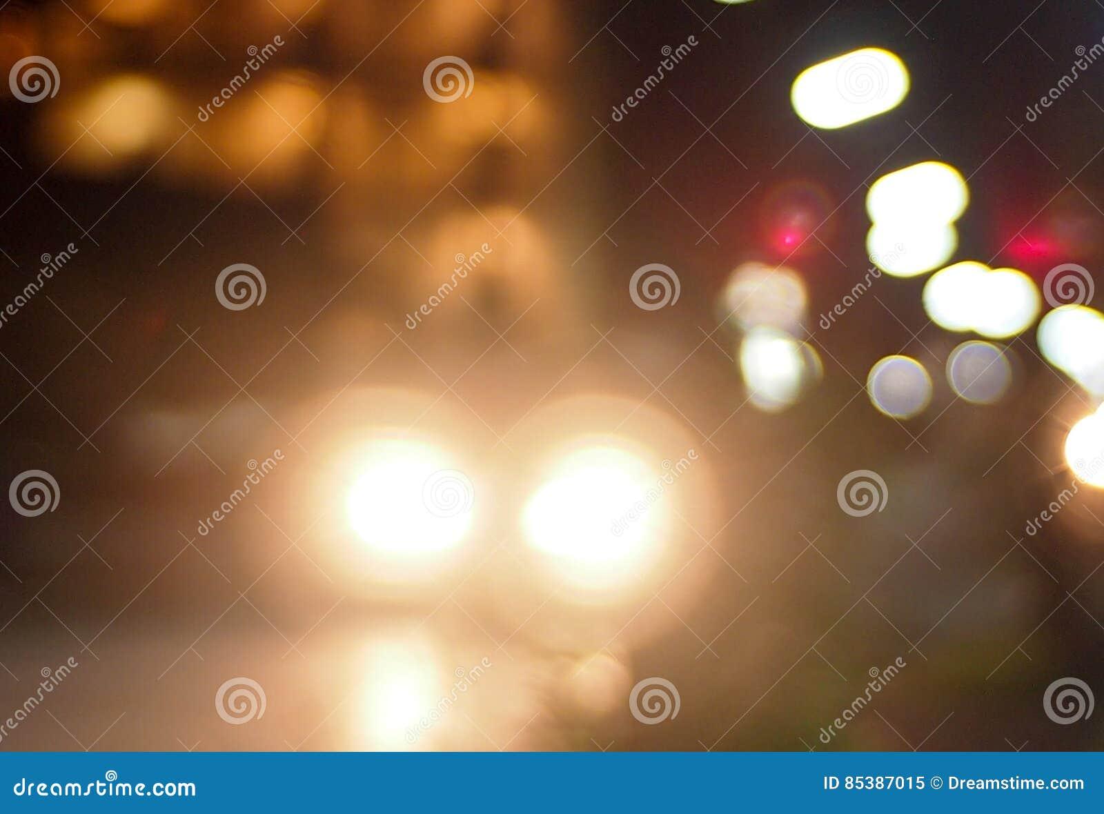Мягкий свет на улице