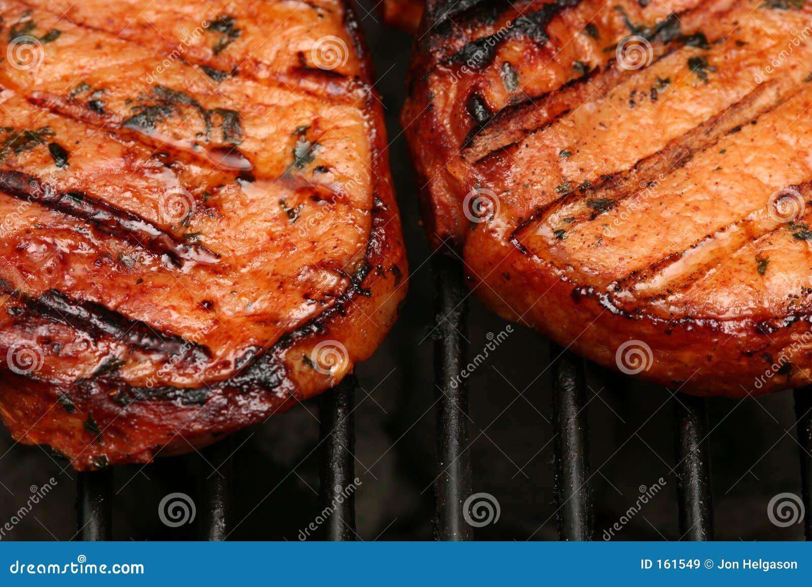 мясо sizzling