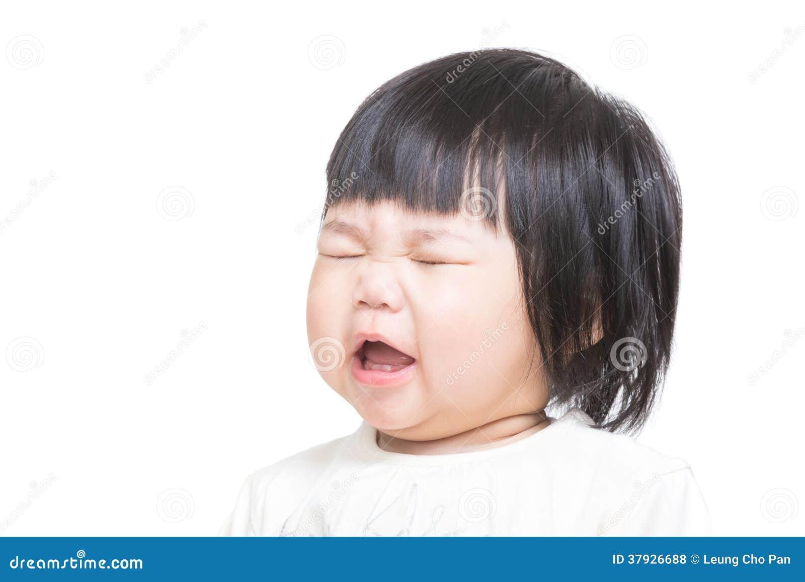 Младенец Азии сердится