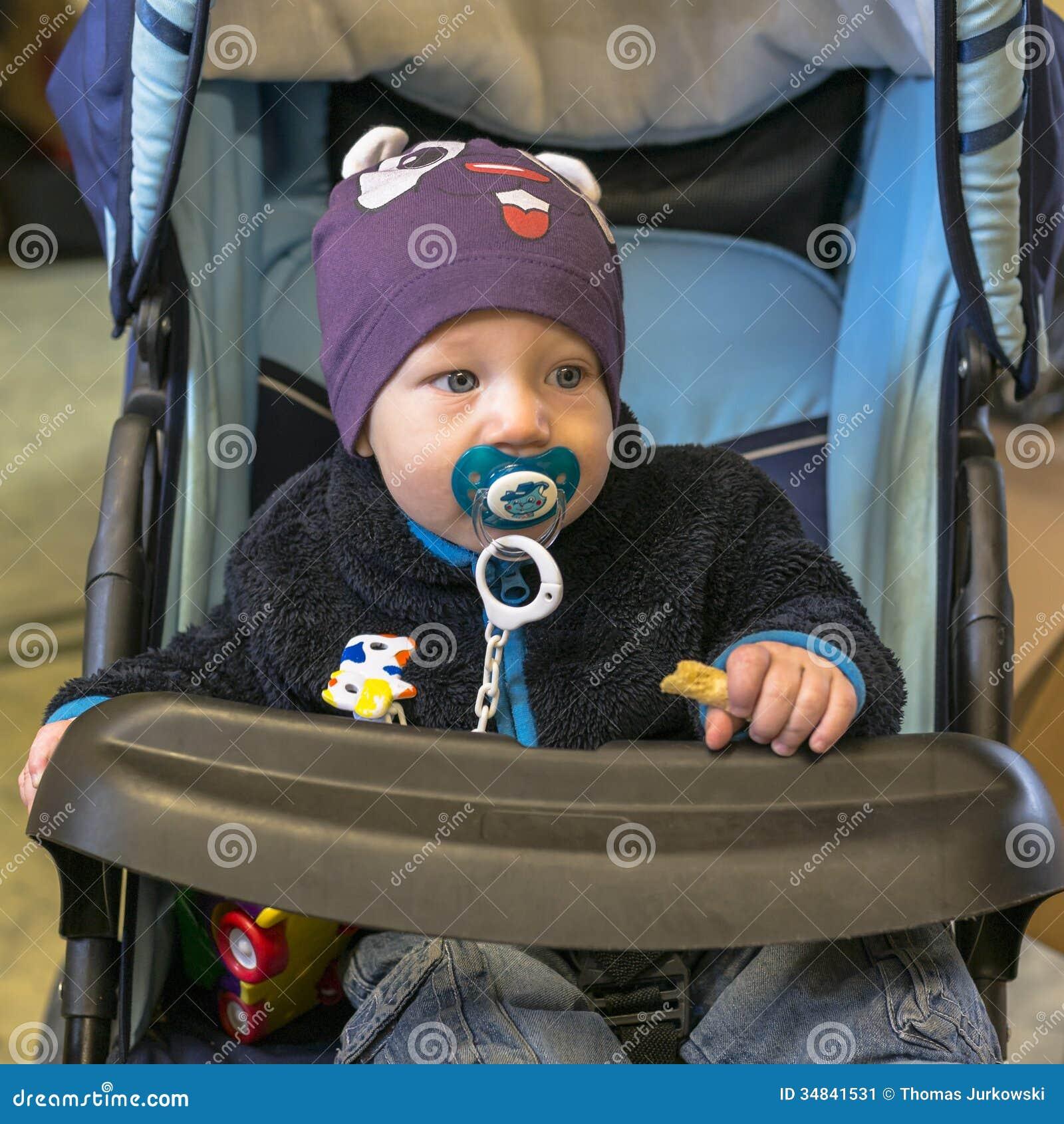 Младенец в экипаже