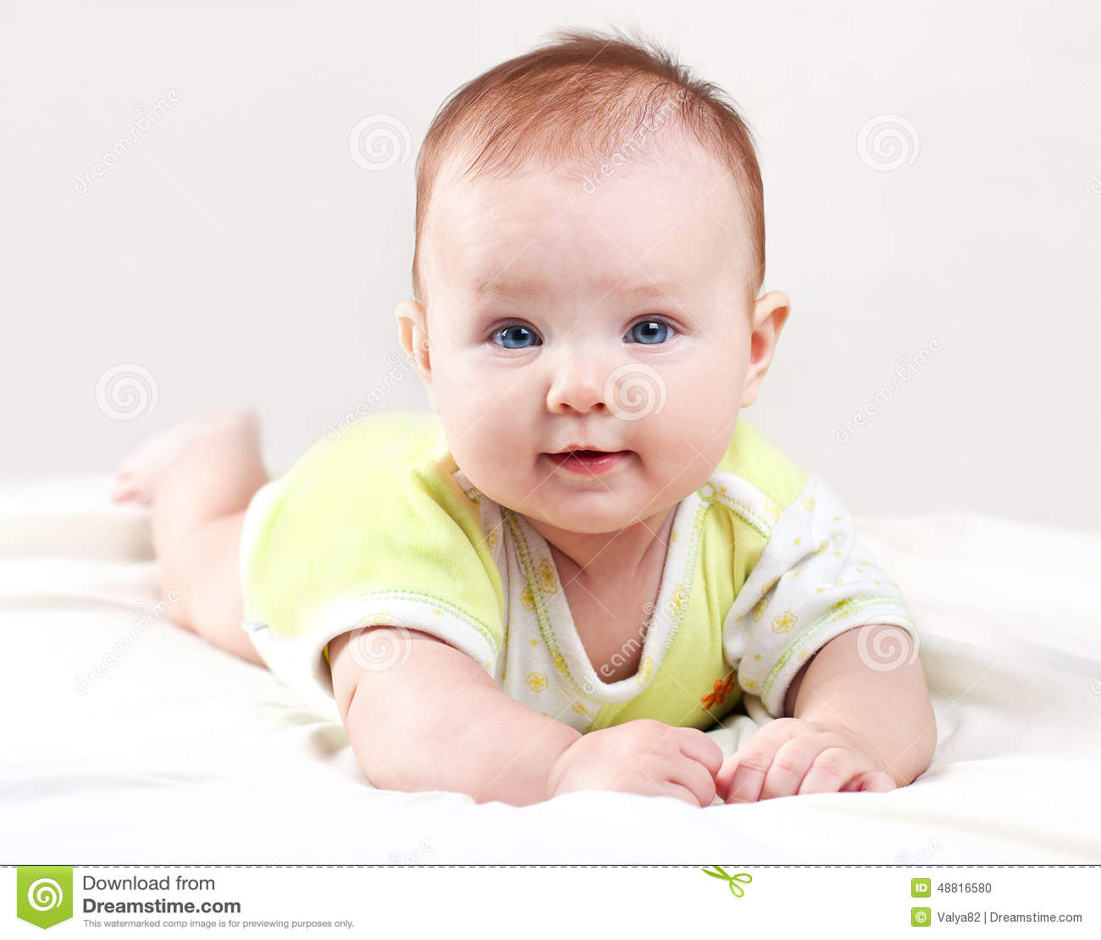 младенец милый
