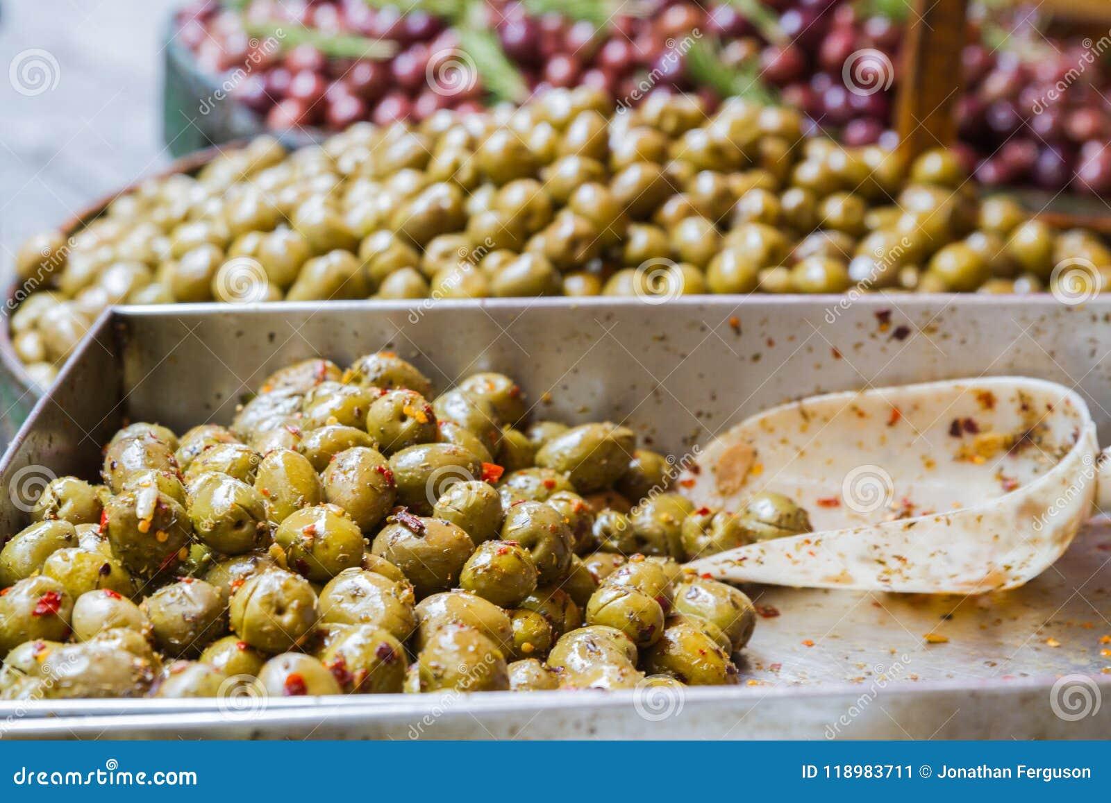 Навальные оливки