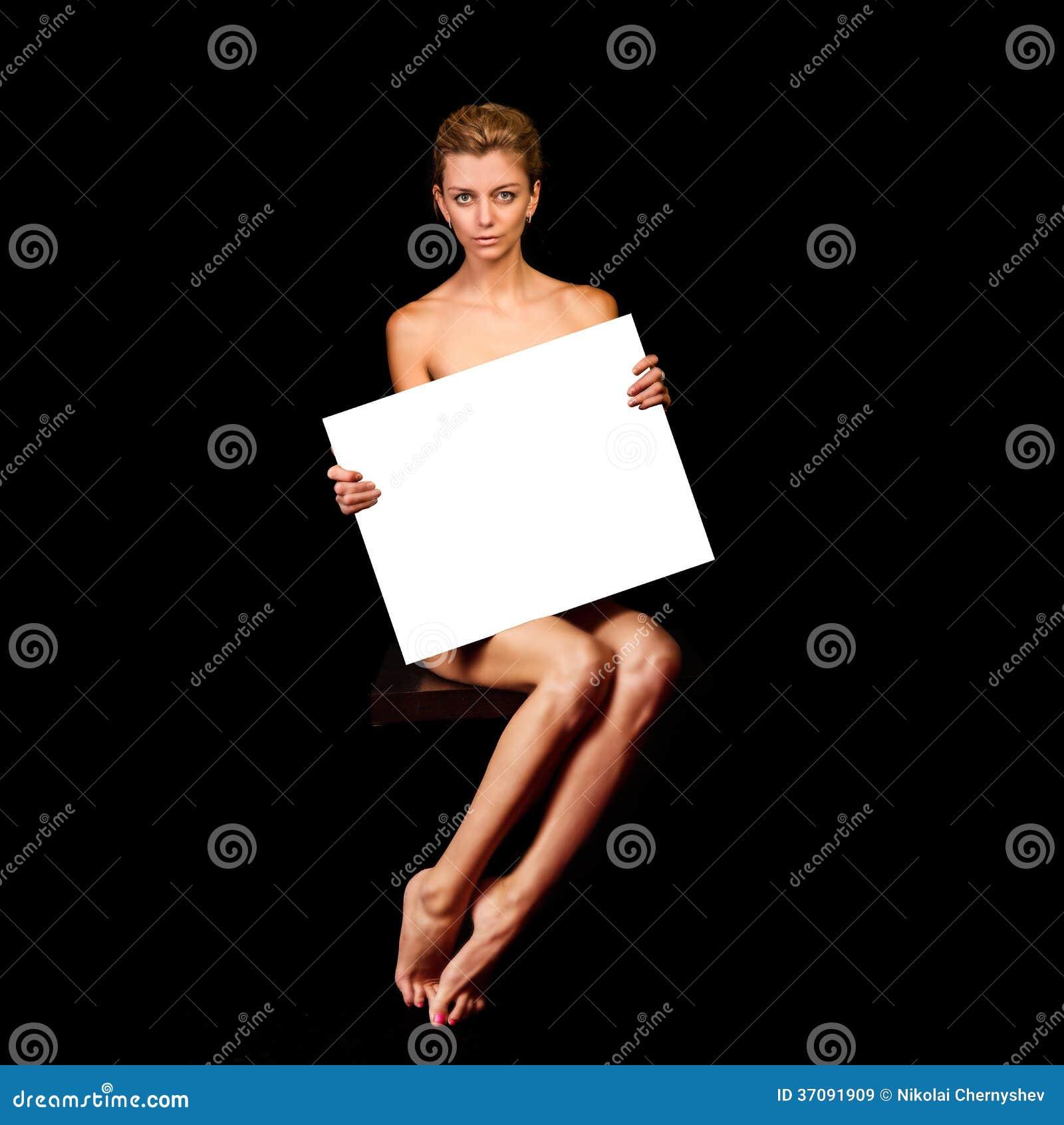 Ногая девушка смотреть