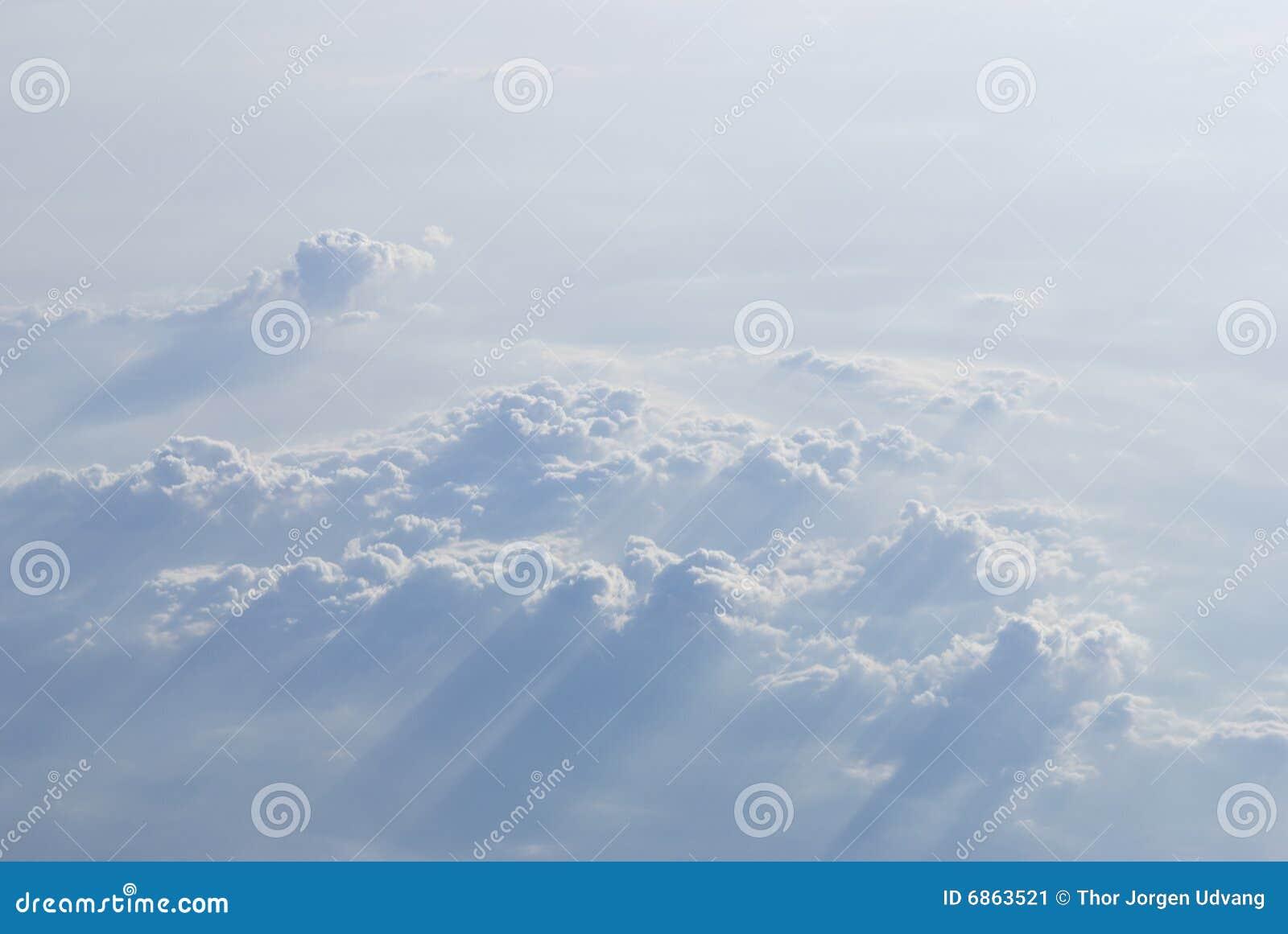 над cloudscape