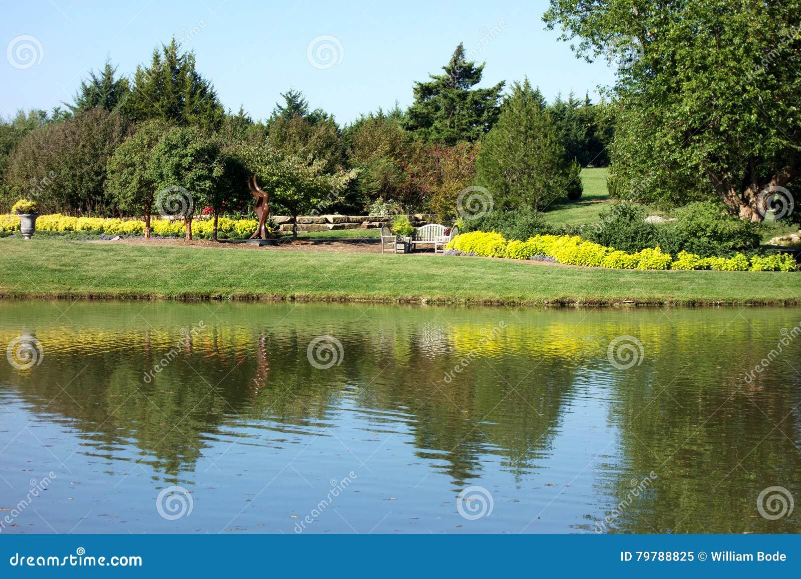 Назеиный дендропарк парка и ботанические сады