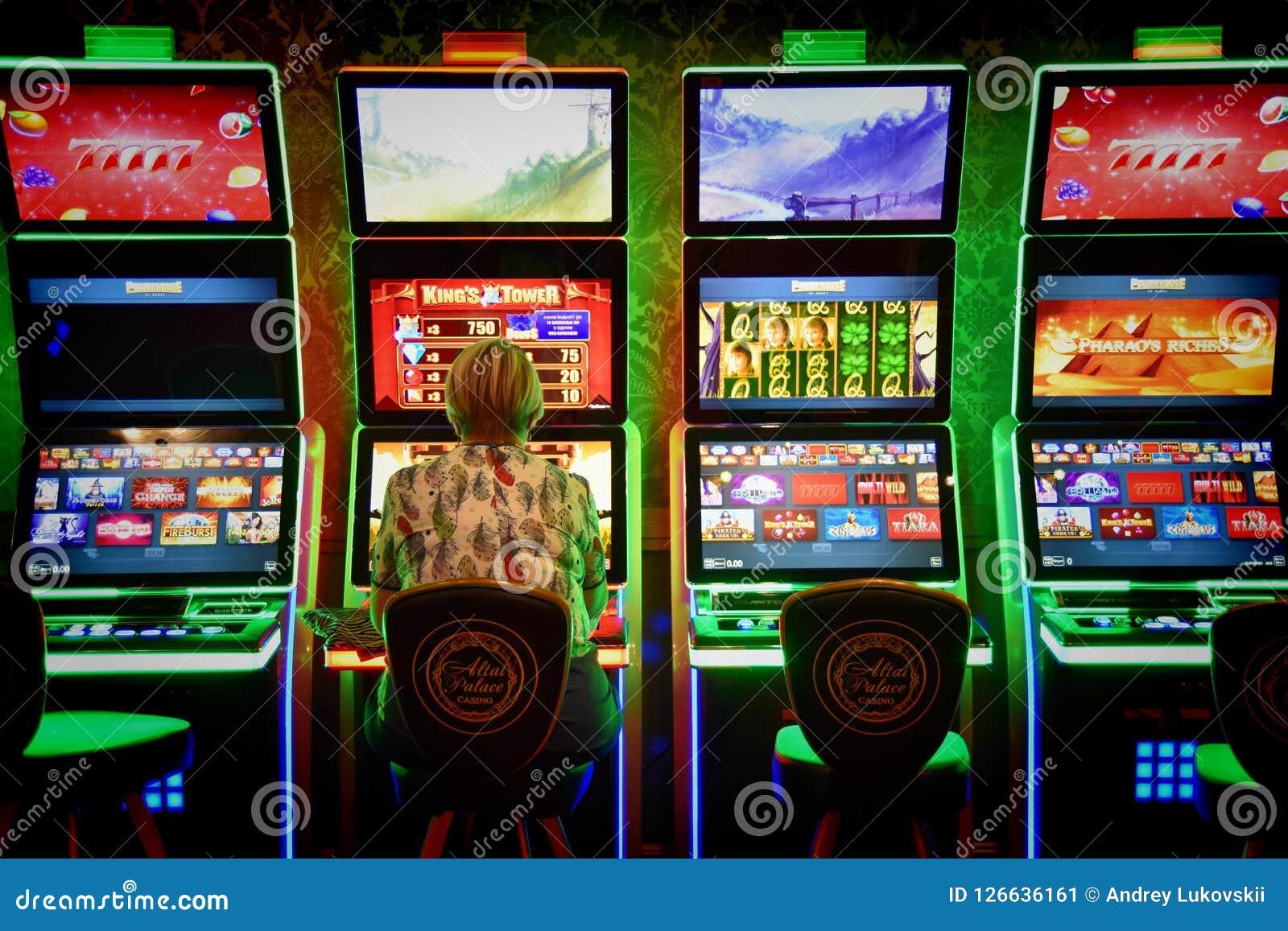 Накаляя торговый автомат казино
