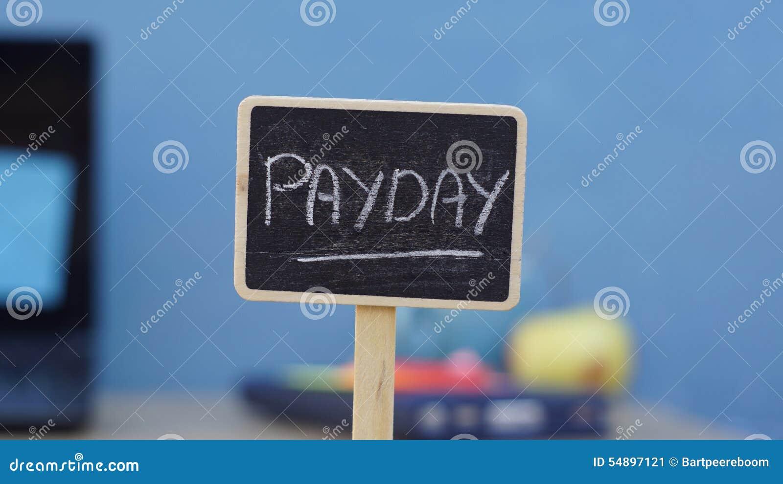 Написанный день зарплаты