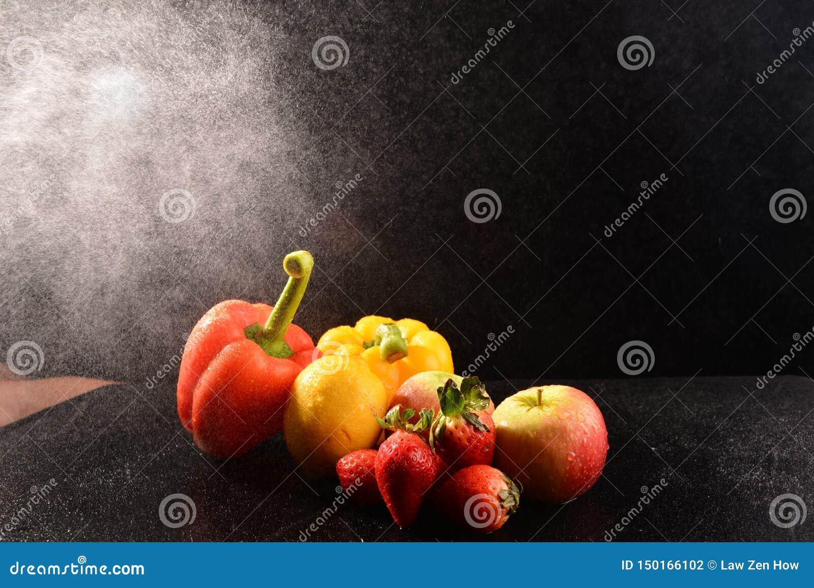 Натюрморт с овощем на студии