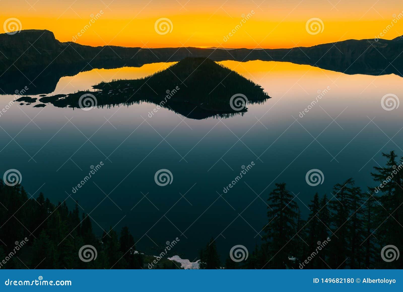 Национальный парк озера кратер, Орегон, США