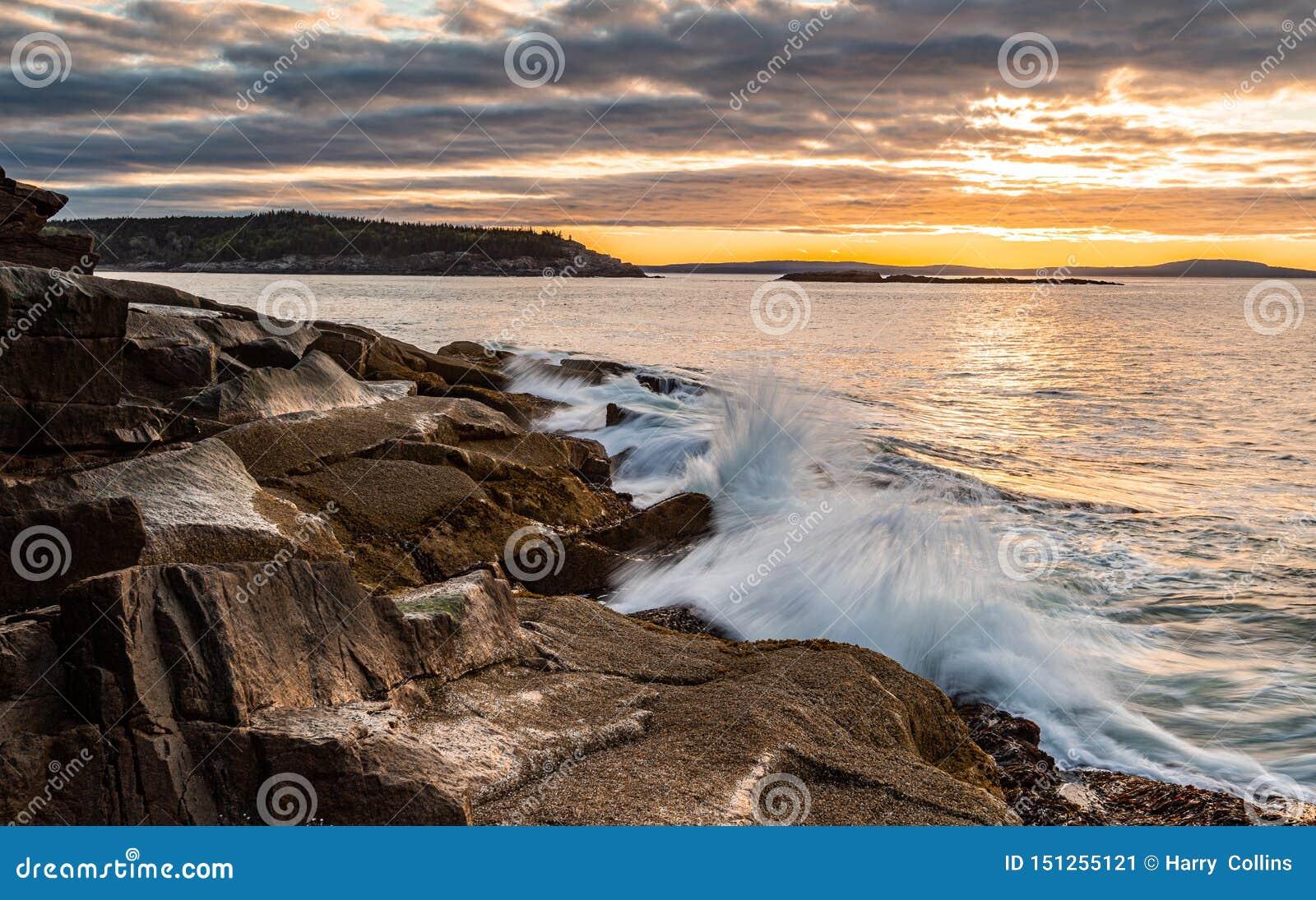 Национальный парк Acadia захода солнца в Мейне