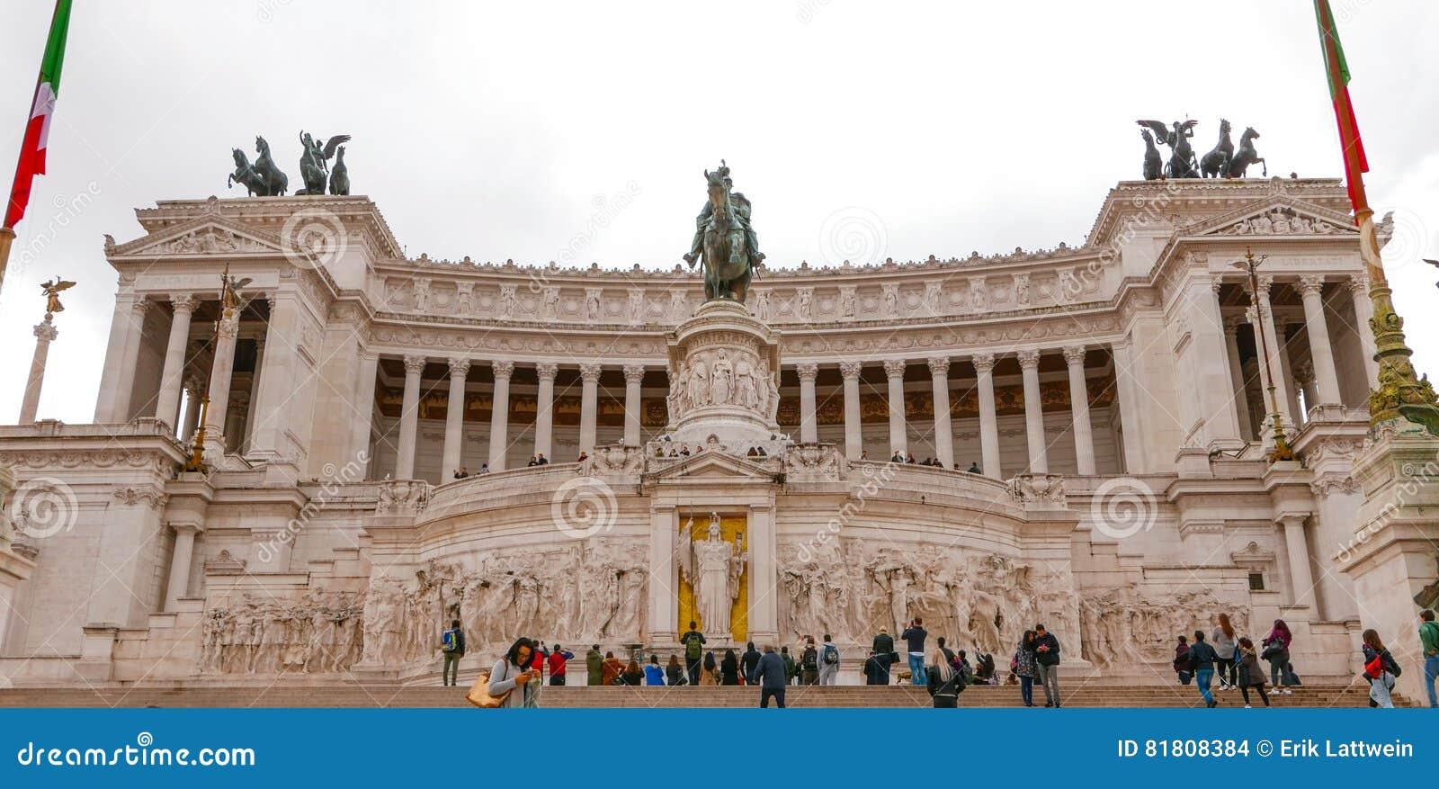 Национальный монумент Виктора Emmanuel в Риме - вызванном Monumento Vittorio Emanuele