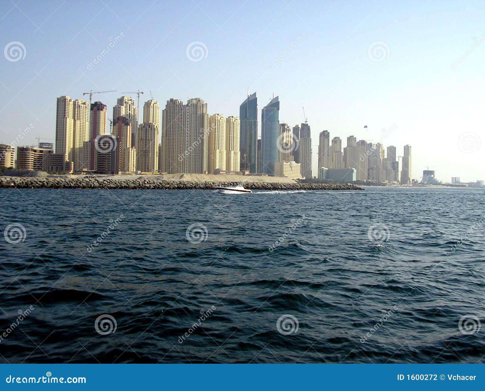 небоскребы Дубай