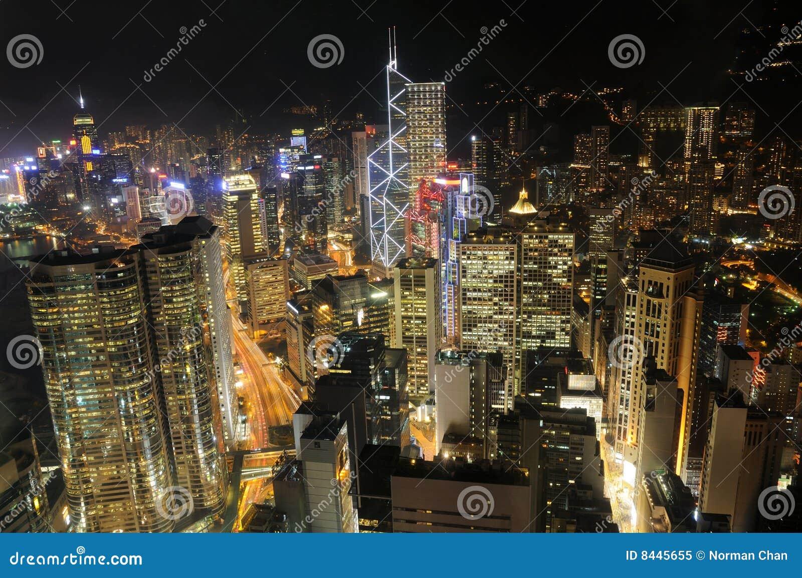 небоскребы ночи Hong Kong