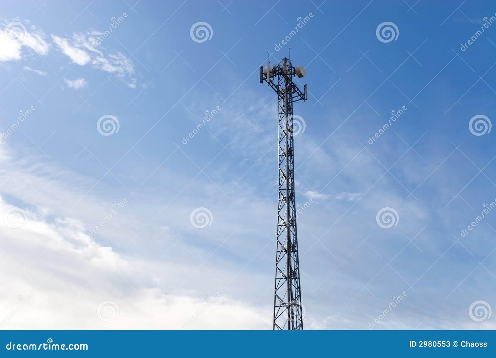 небо антенны голубое