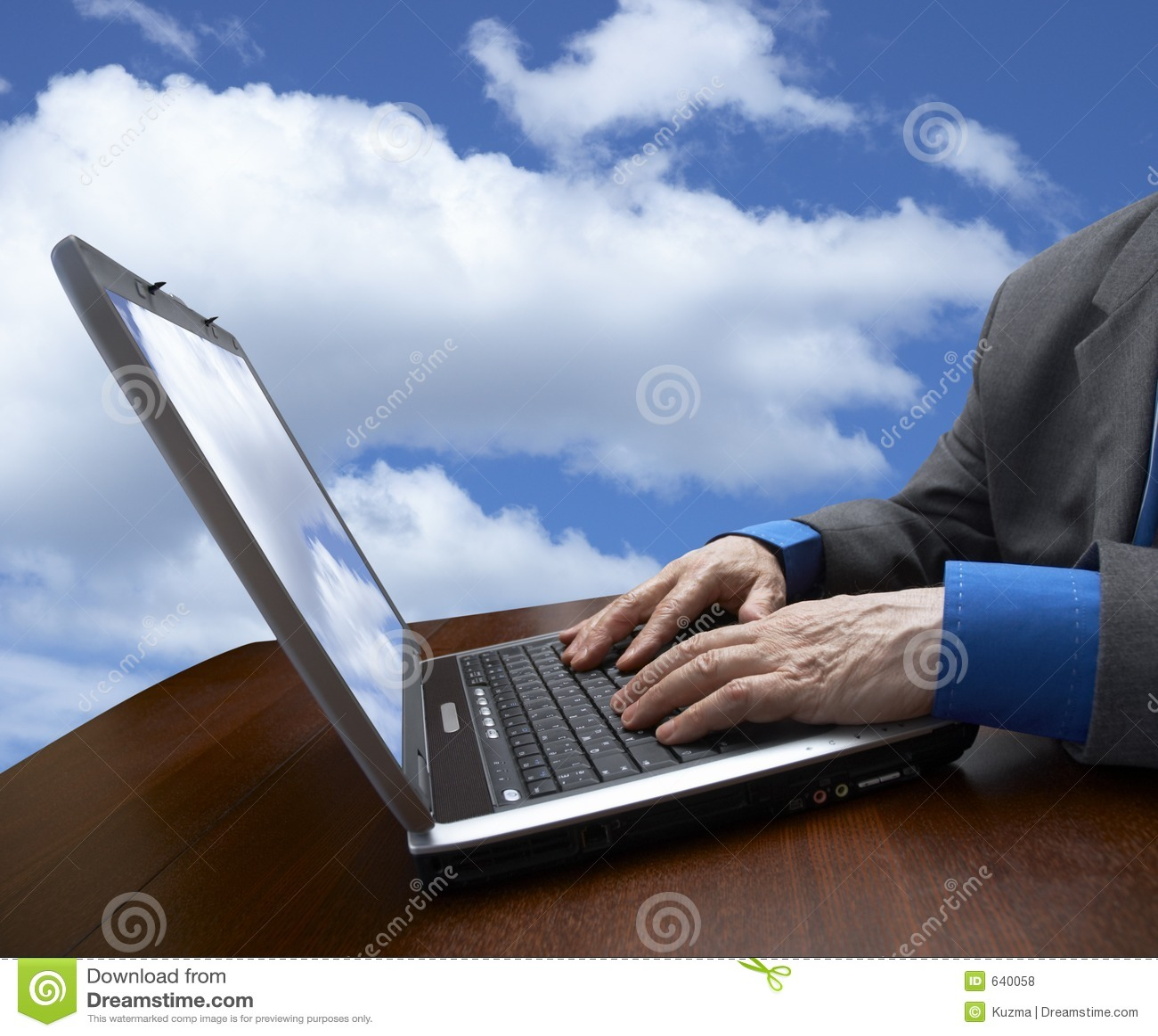 Download небо компьтер-книжки бизнесмена Стоковое Фото - изображение насчитывающей компьтер, бизнесмен: 640058