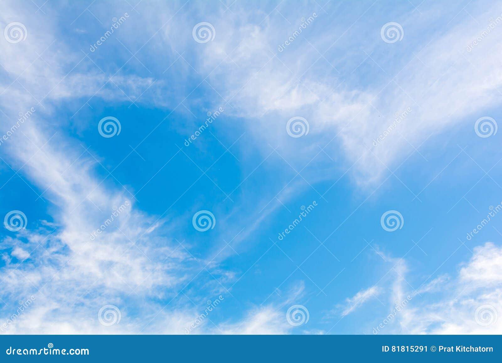 небо предпосылки голубое