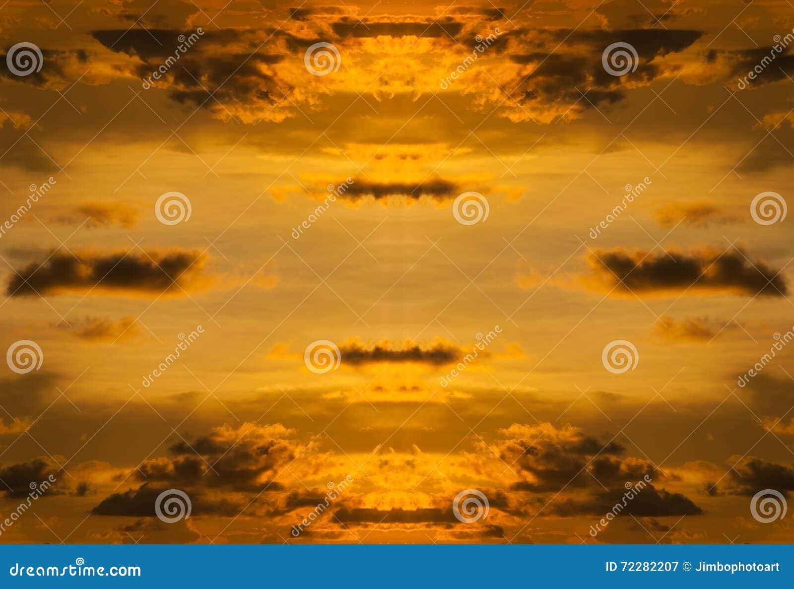 Download Небо с штормом облака и цветом захода солнца Стоковое Изображение - изображение насчитывающей покрыто, темно: 72282207