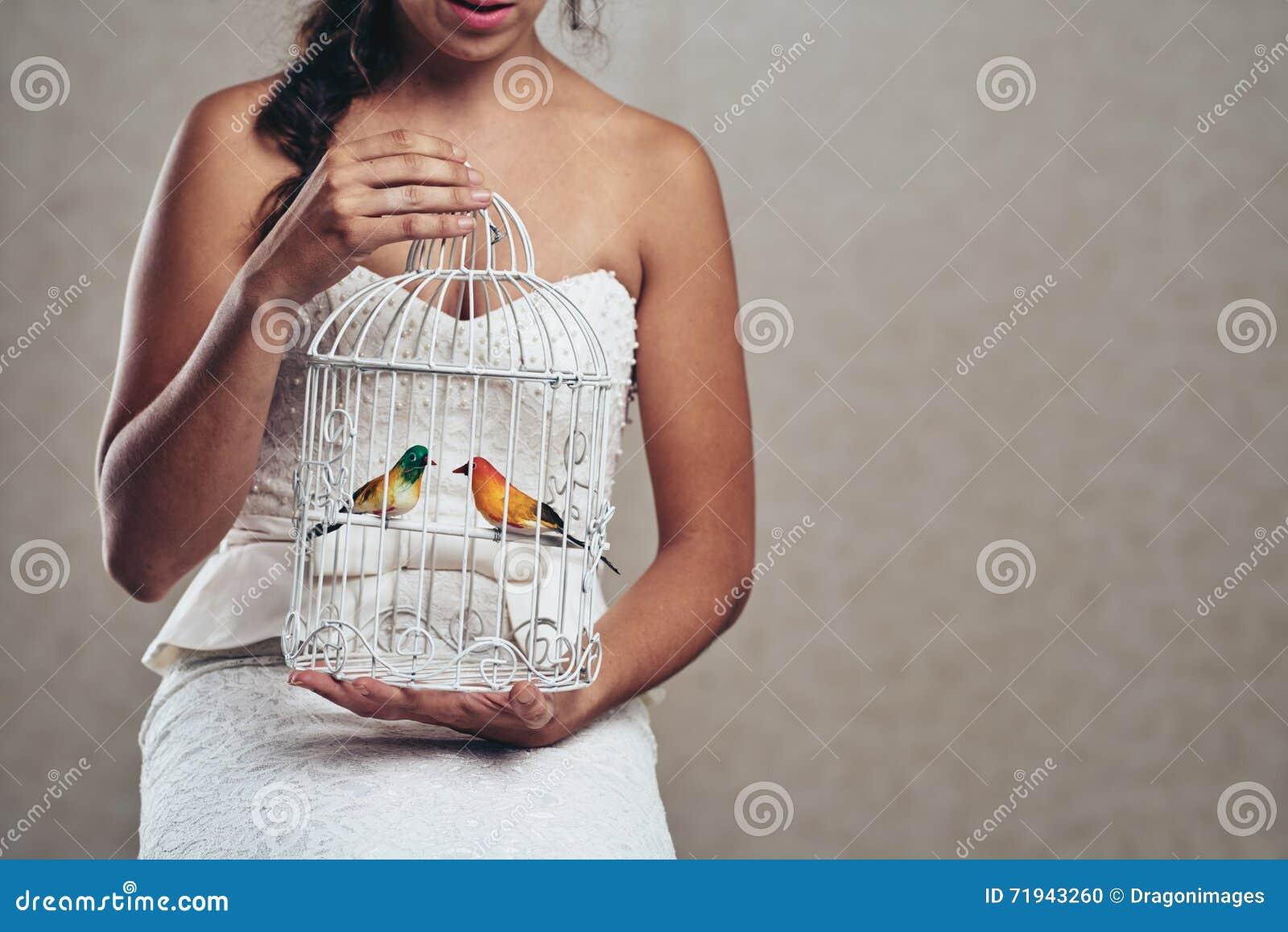 Невеста с клеткой