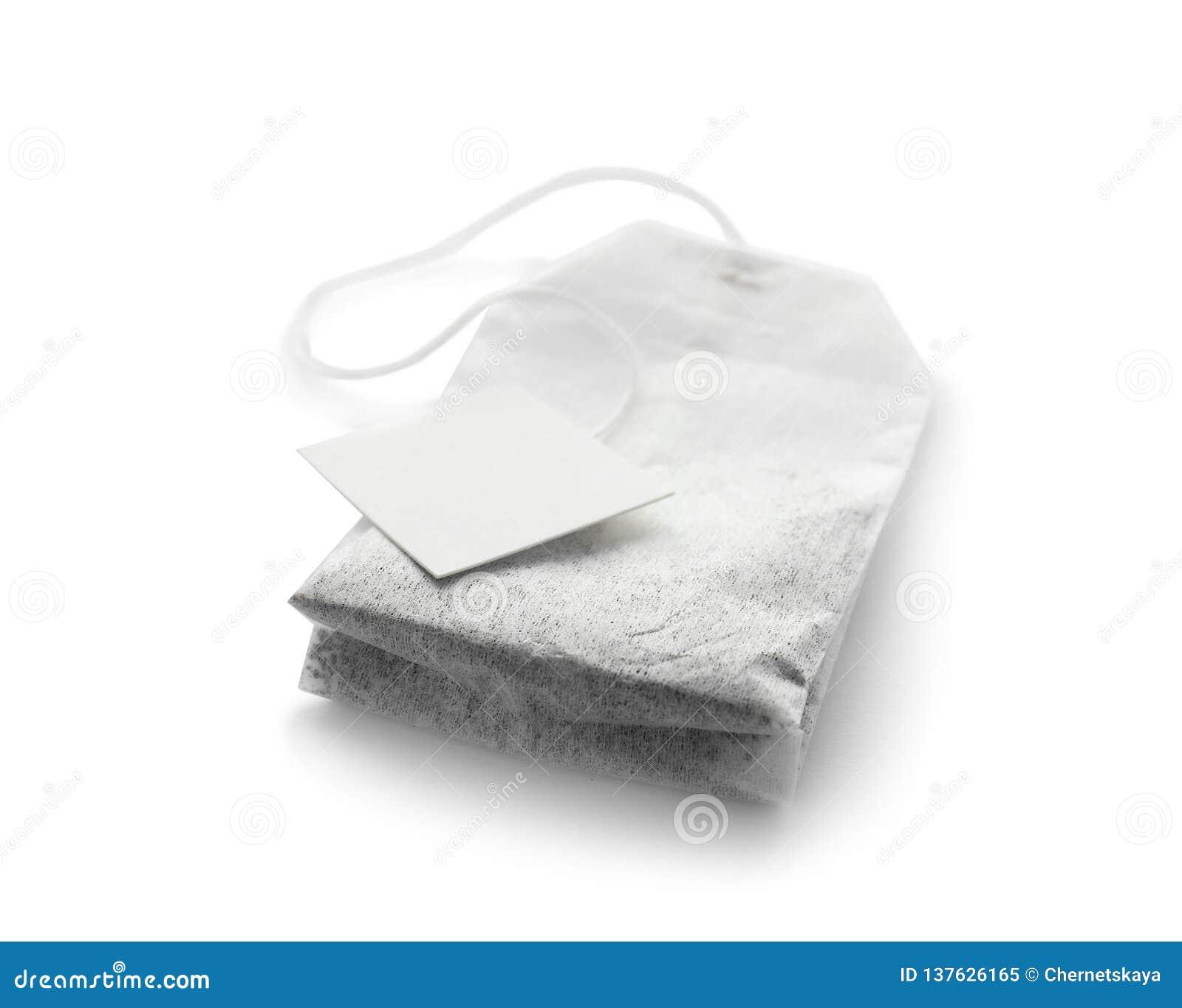 Неиспользованный пакетик чая с биркой