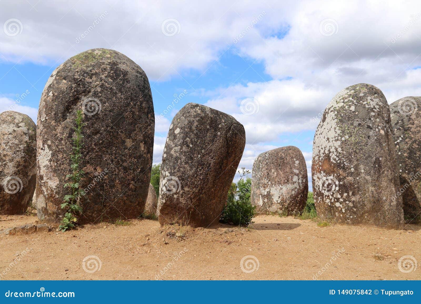 Неолитические памятники