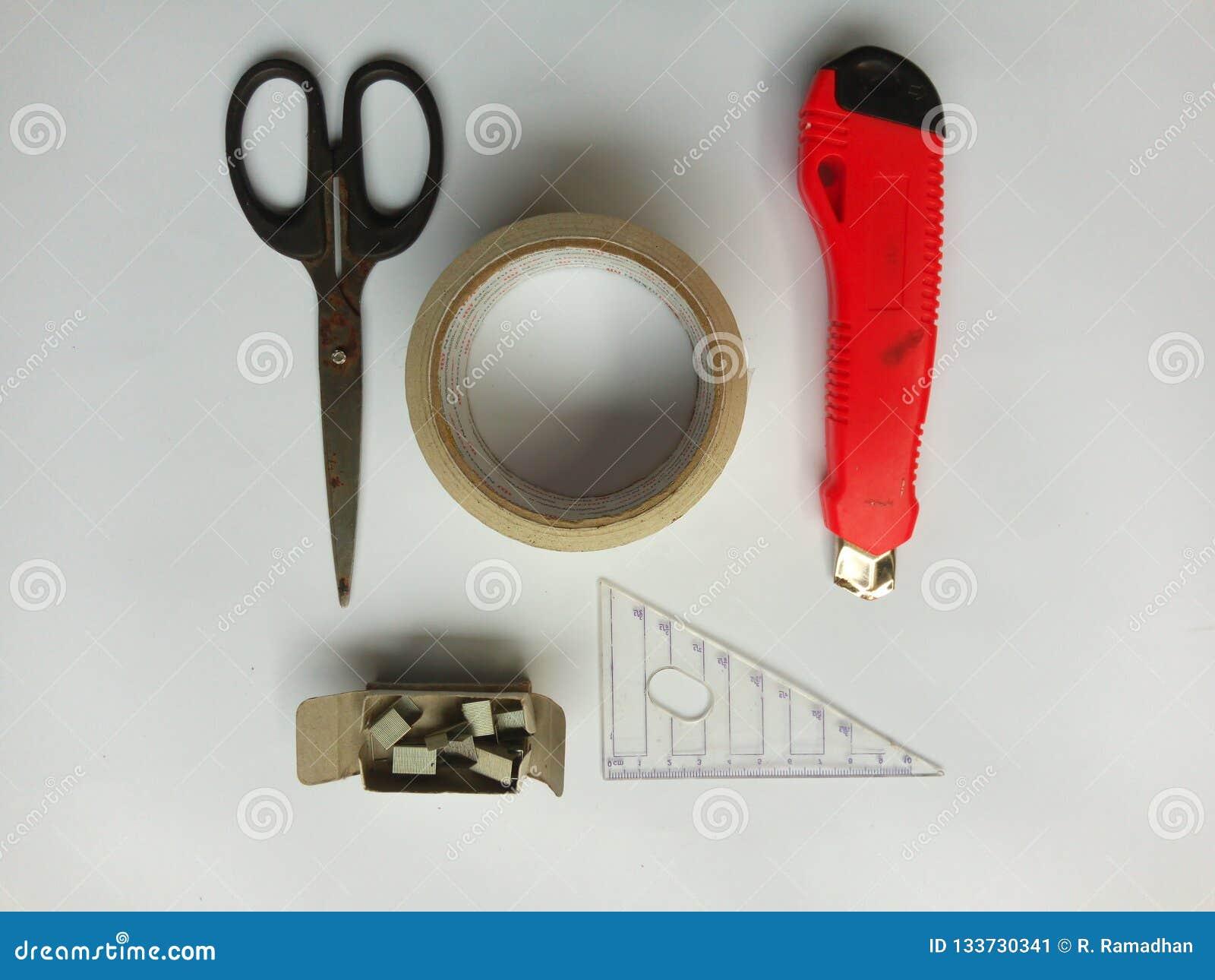 неподвижные инструменты
