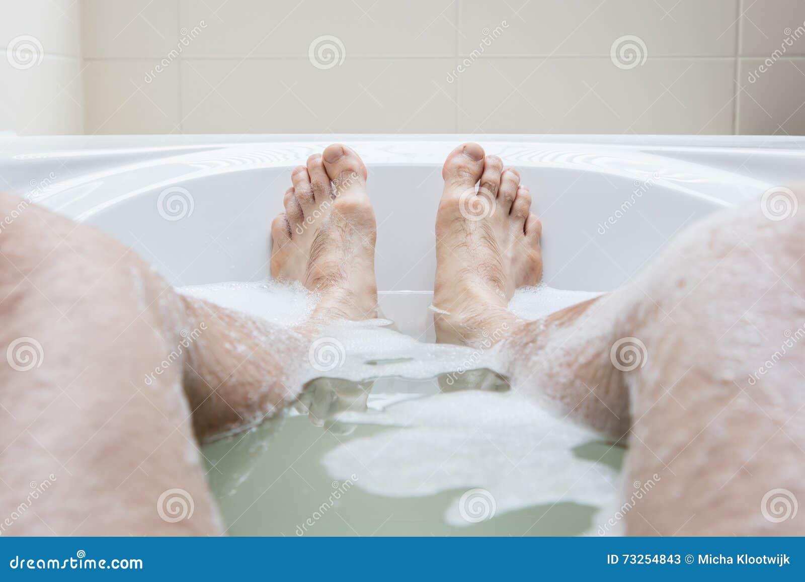 Ноги в ванне фото — 10